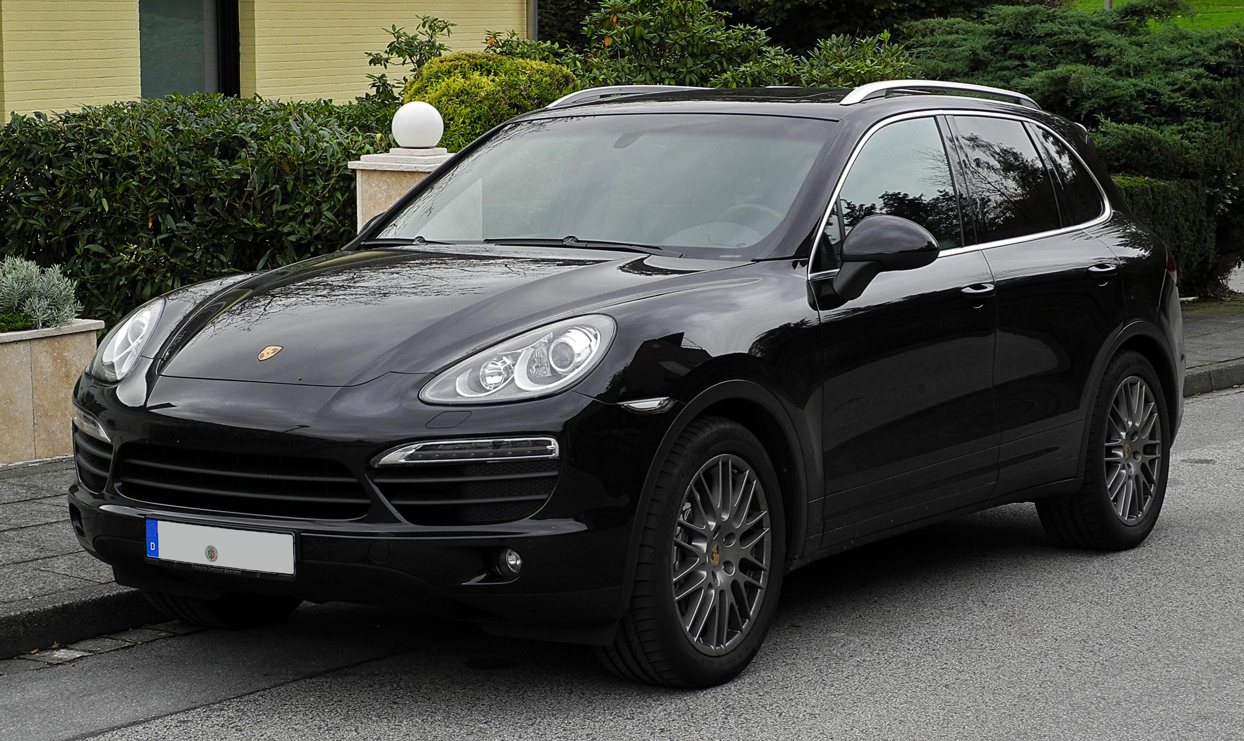 A Porsche Cayenne is túlzott károsanyag-kibocsátás gyanújába keveredett