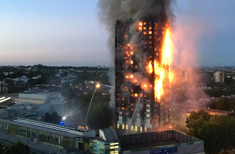 Egy portugál takarító beadta, hogy a leégett Grenfell Towerben lakott, így 9 hónapig ingyen lakhatott szállodában