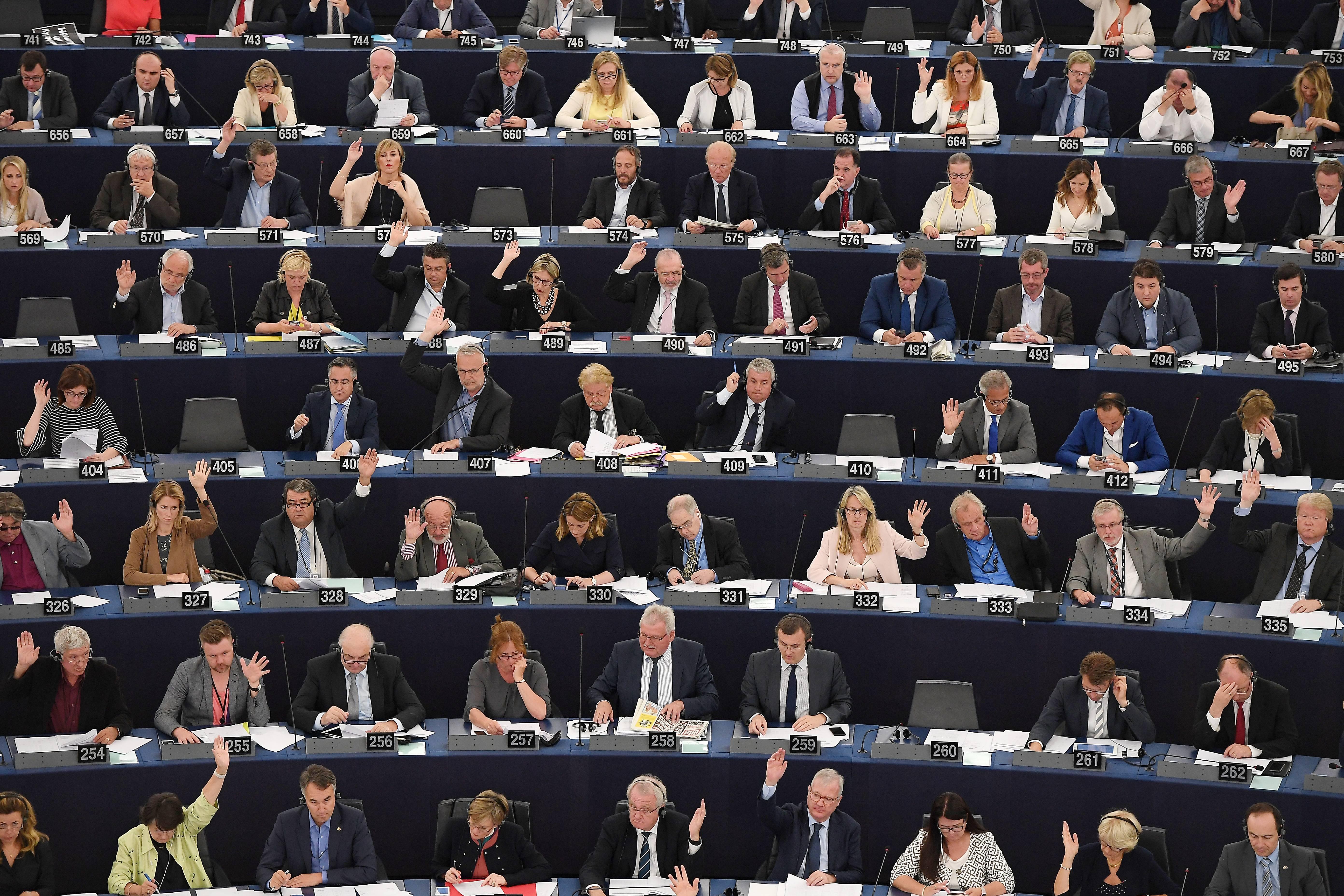 Az Európai Parlament alkotmányügyi bizottsága szerint mély aggodalomra adnak okot a magyarországi fejlemények