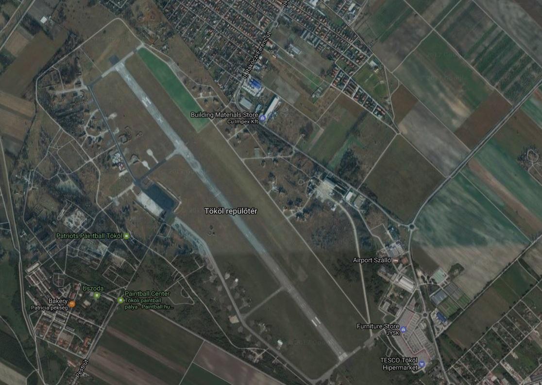 Lezuhant egy repülő a tököli reptérnél