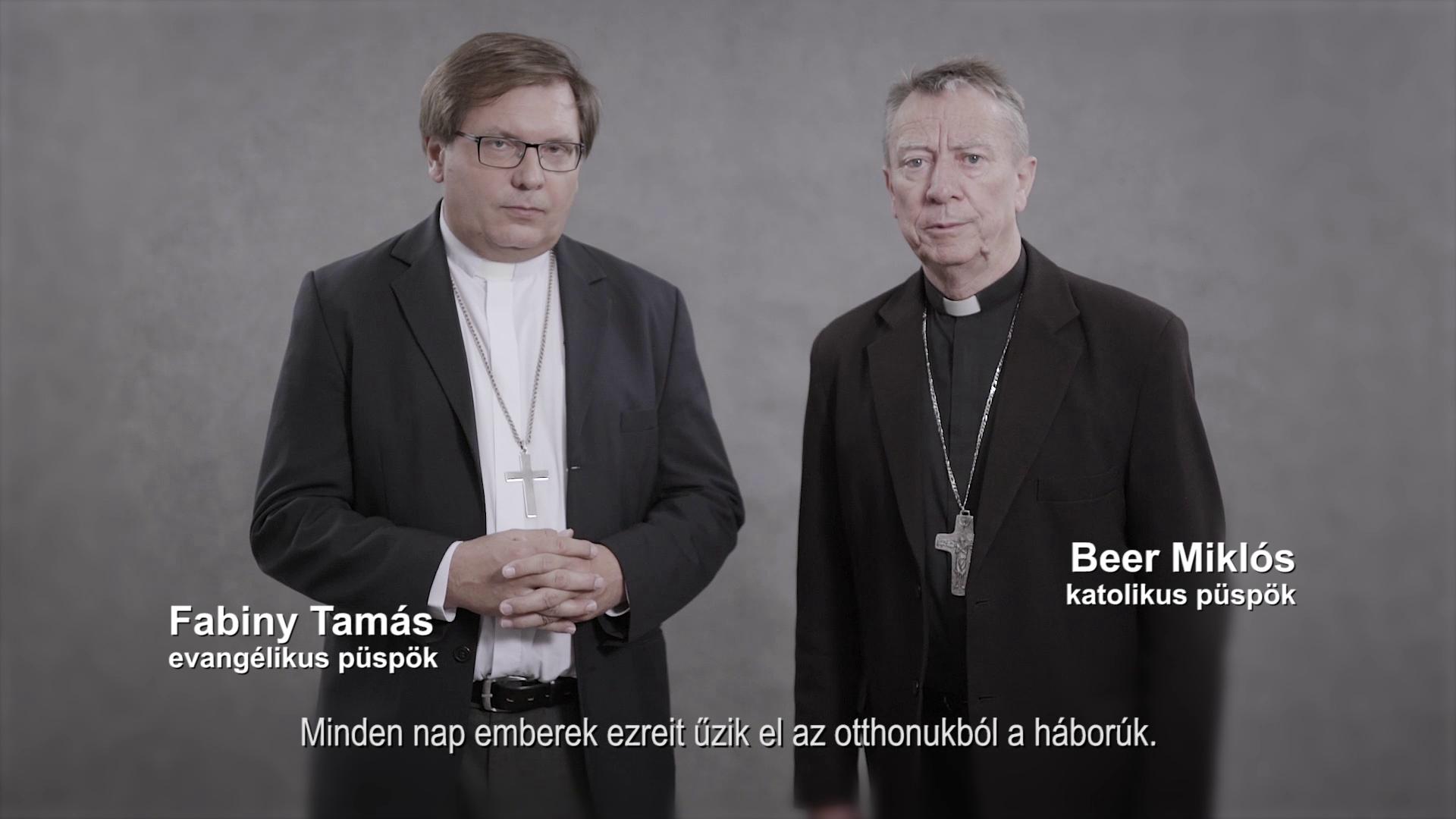 Püspökök a menekültek mellett