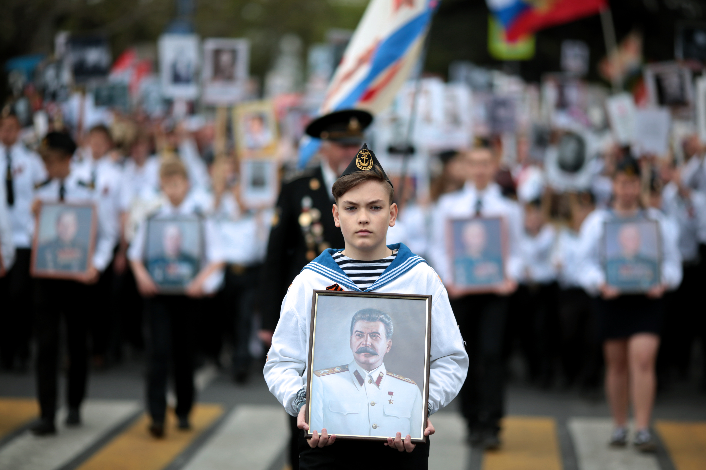 Putyin szerint Oroszország ellenfelei túldémonizálják Sztálint