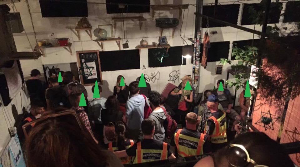 Gyógyíthatatlan beteg kannabiszhasználót is bevittek a rendőrök az aurórás razziáról, utána hajnalban házkutatást tartottak nála