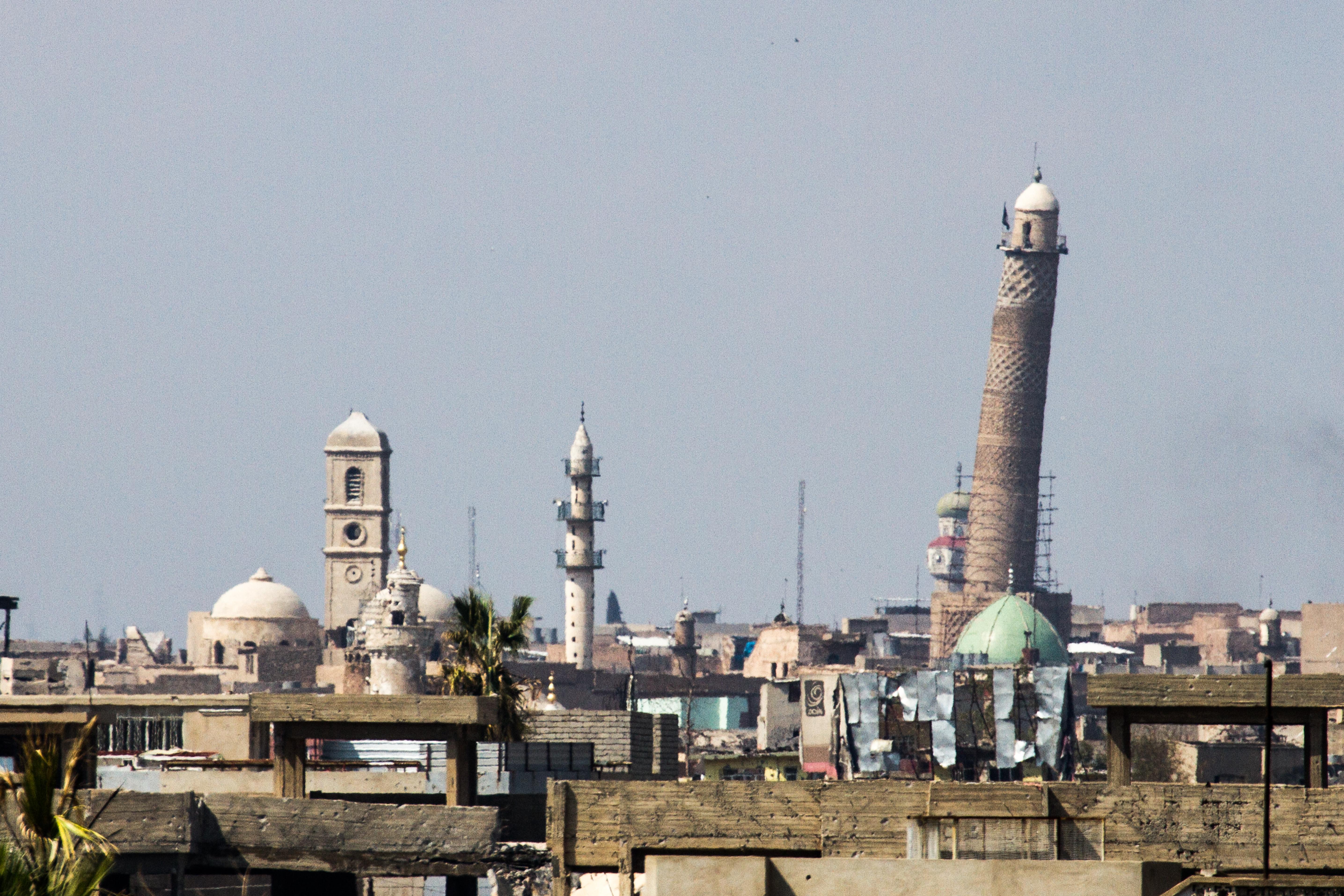 ISIS harcosok felrobbantották a moszuli mecsetet, ahol al-Baghdadi kikiáltotta a kalifátust