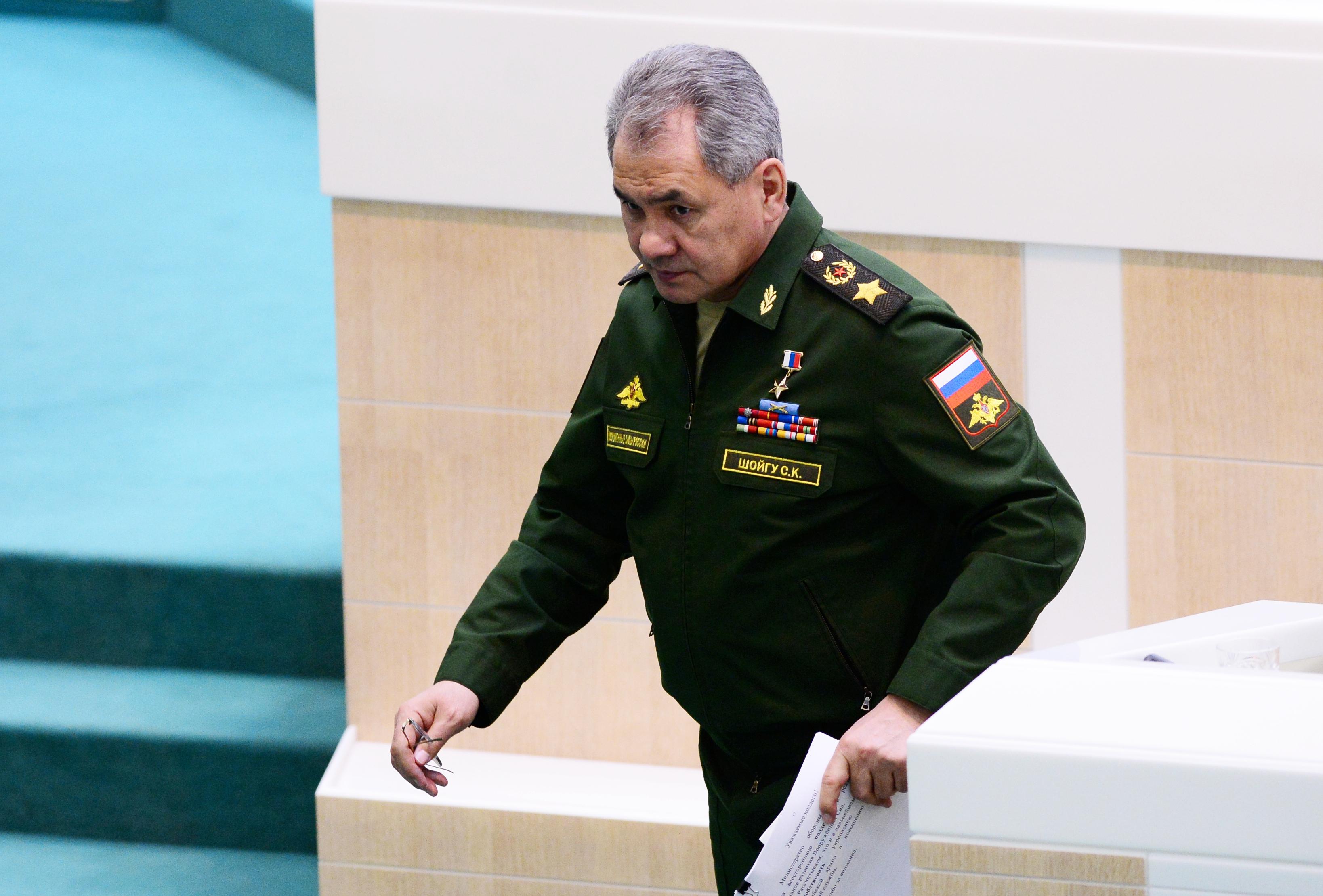 Egy NATO-vadászgép közelítette meg az orosz védelmi miniszter repülőgépét, de egy orosz gép elkergette