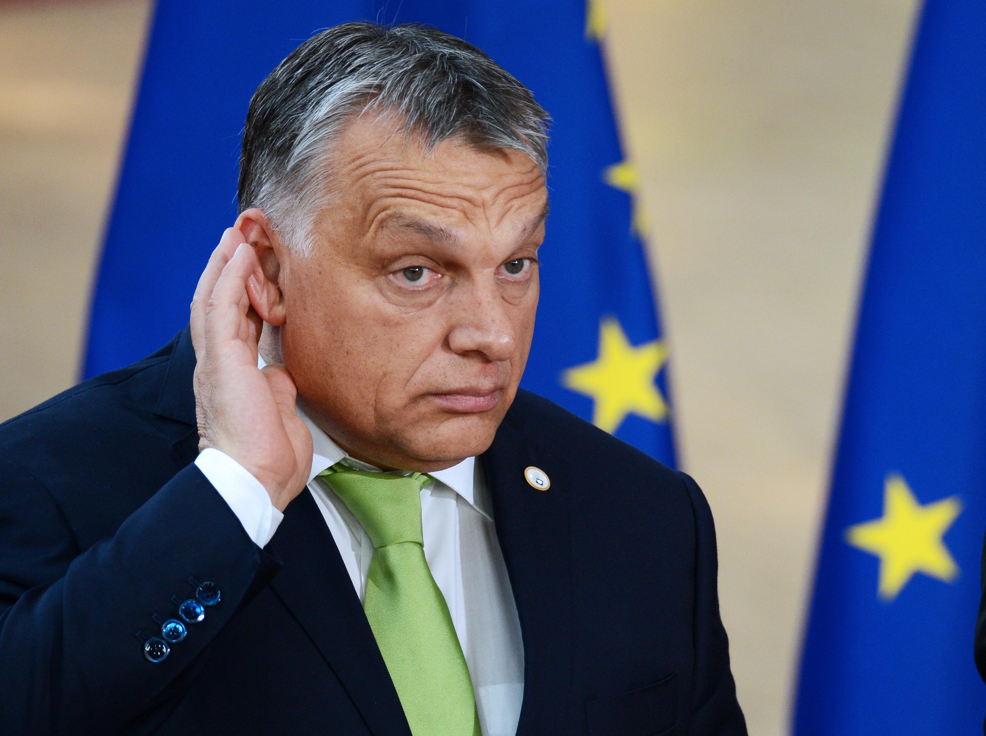Nem maradt egyetlen európai intézmény sem, ami mögé ne Sorost festené Orbán