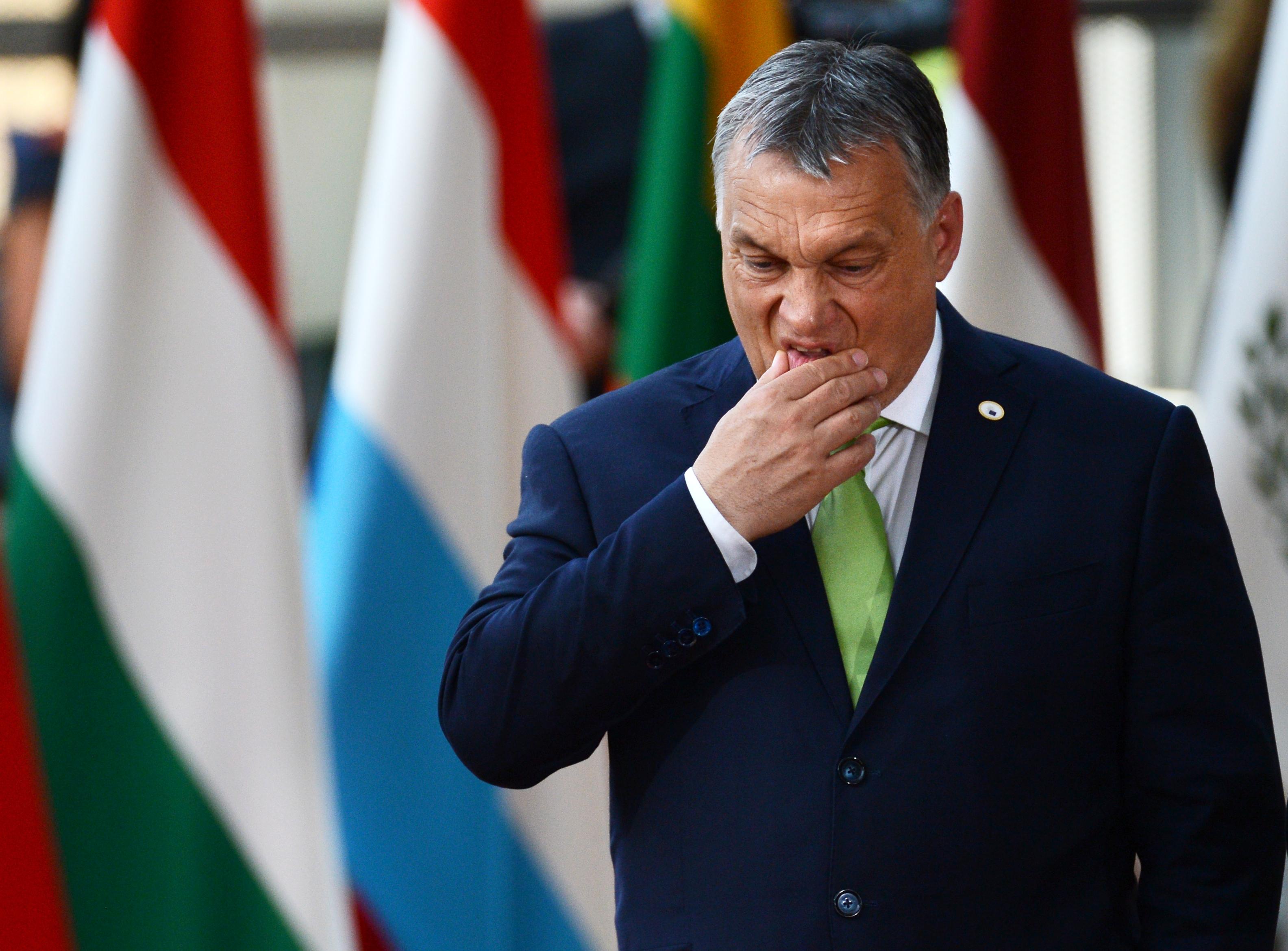Nem jött be az orbáni jóslat, csúszik a lázadás éve