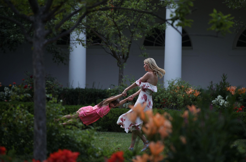 Ivanka Trumpnak is tanúskodnia kell divatmárkája cipőkoppintási ügyében