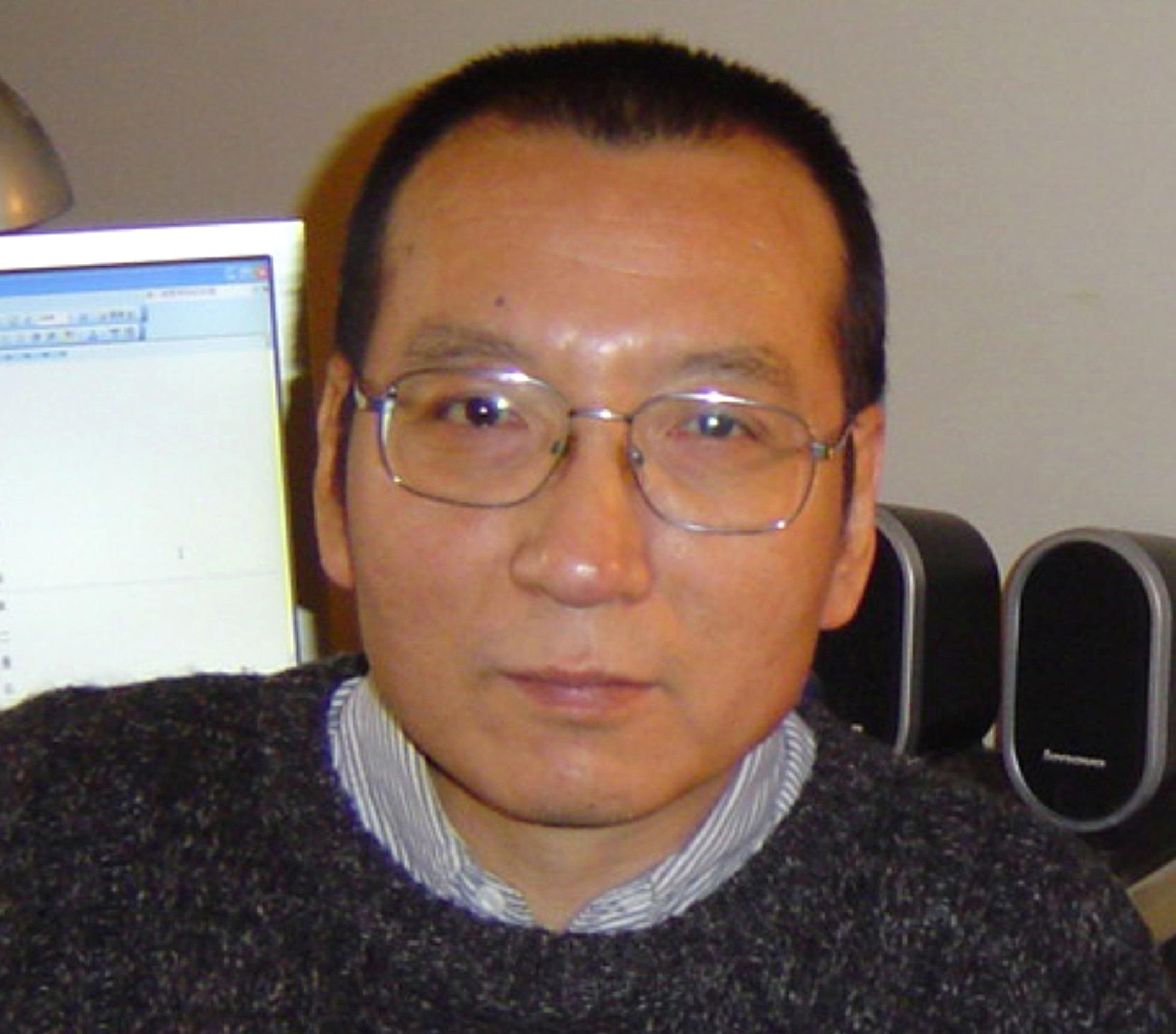 Kiengedték a börtönből a kínai hatóságok a Nobel-békedíjas politikai foglyot, mert halálos beteg