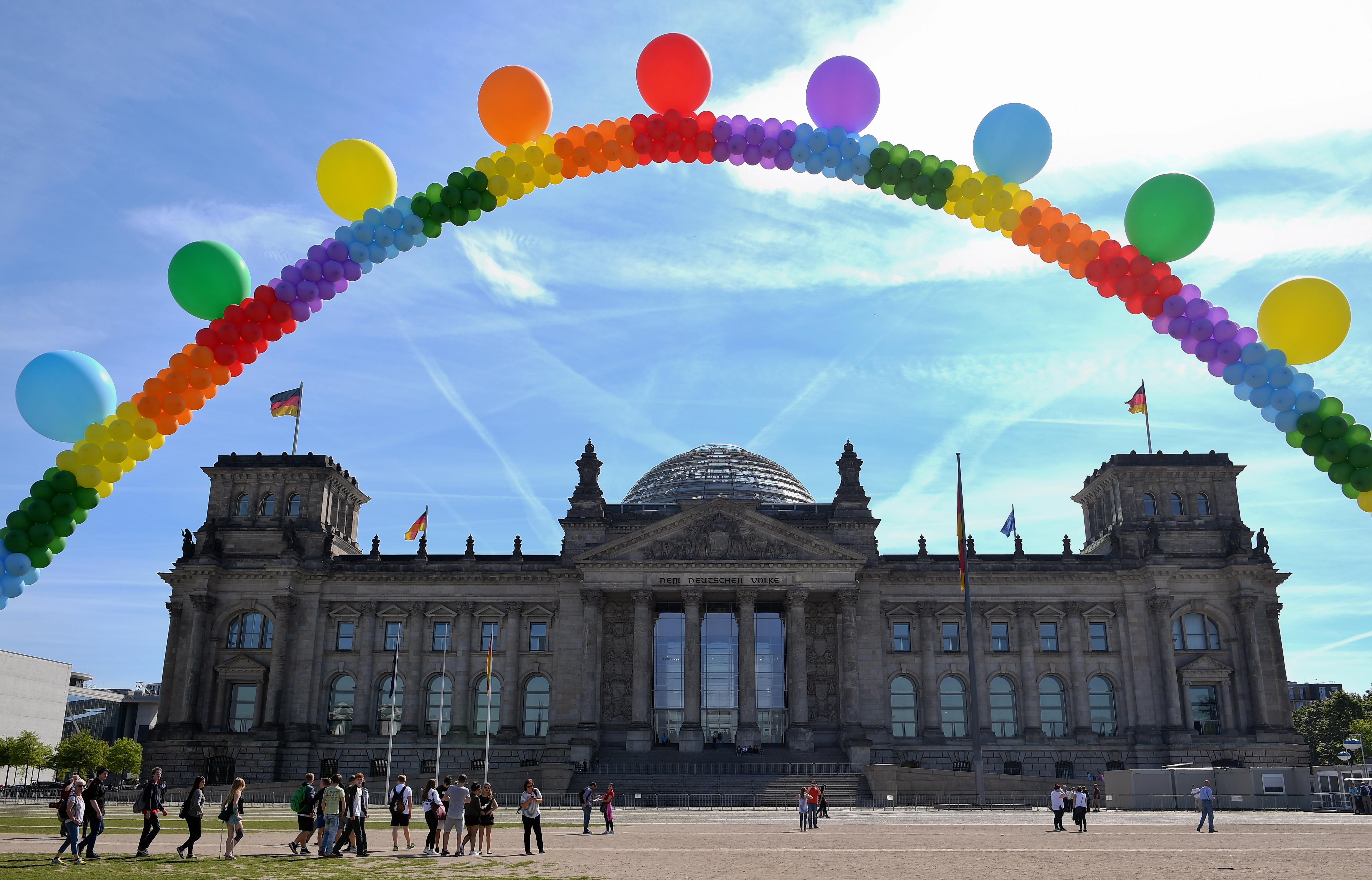 Megszavazta a német parlament a melegházasságot