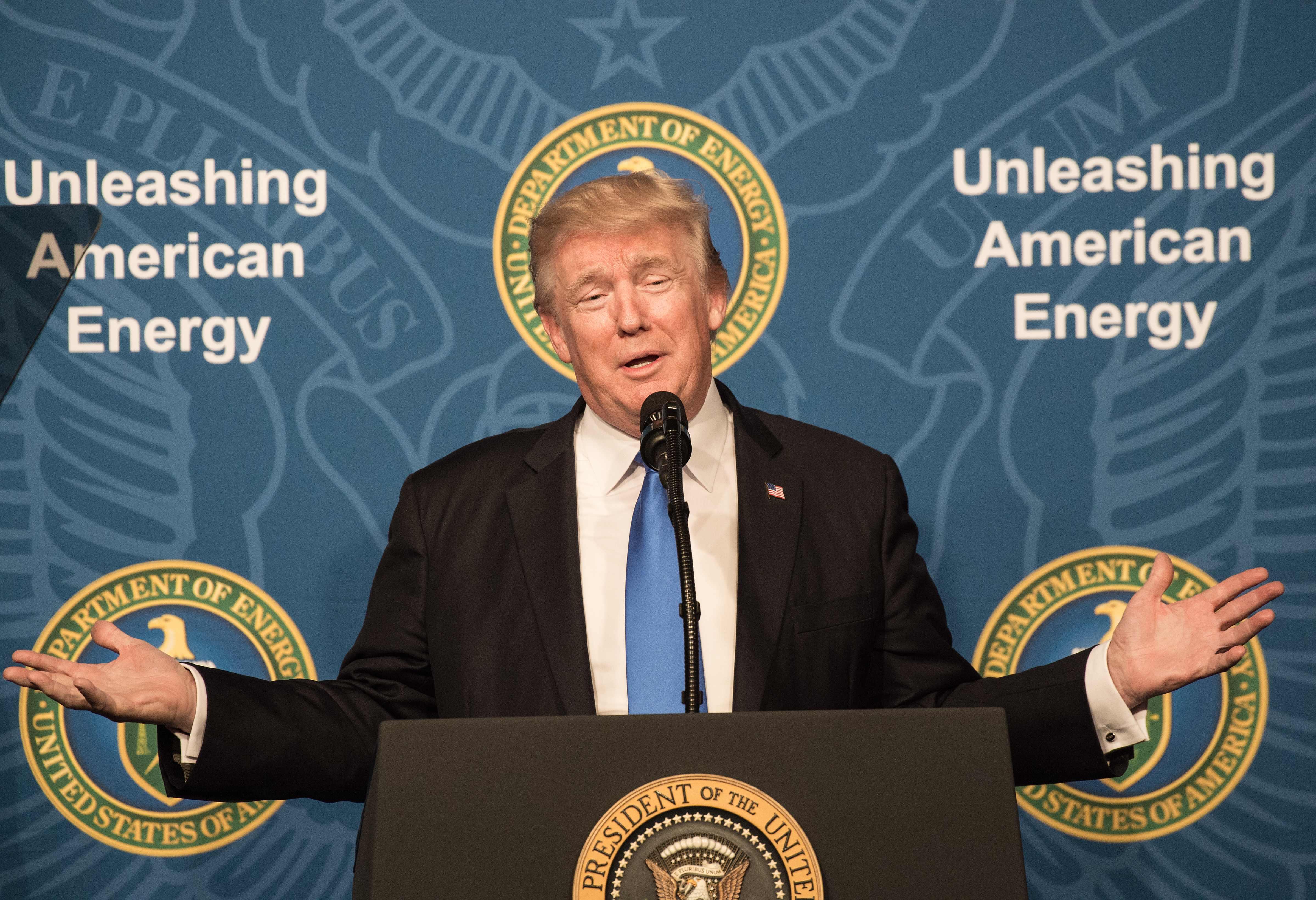 Feltámasztották Trump beutazási tilalmát