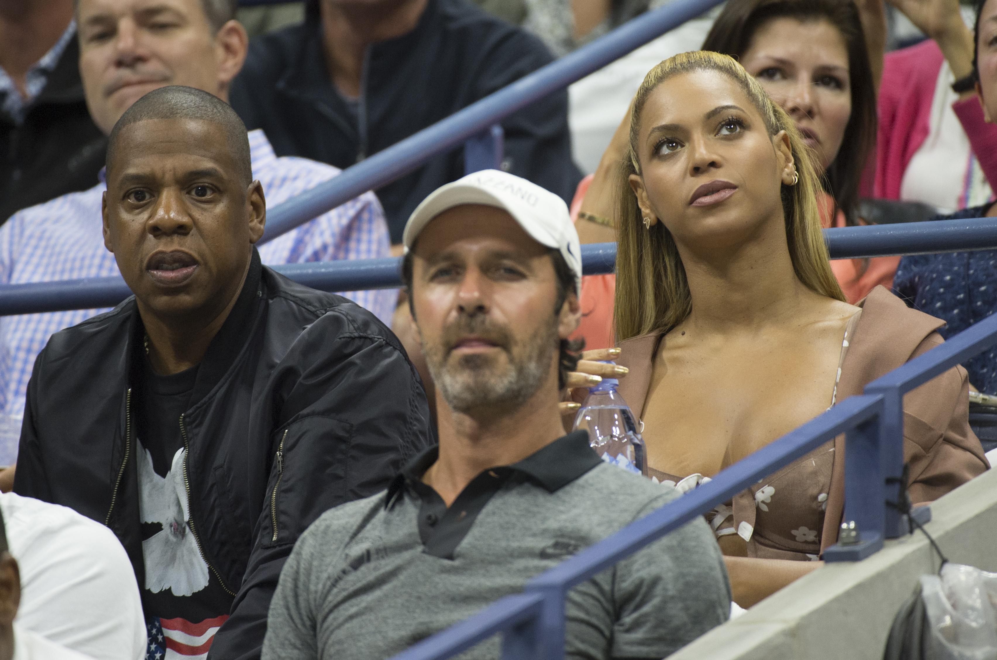 Jay-Z bocsánatért esedezik Beyoncénál 4:44 nevű albumán, mert hűtlen volt hozzá