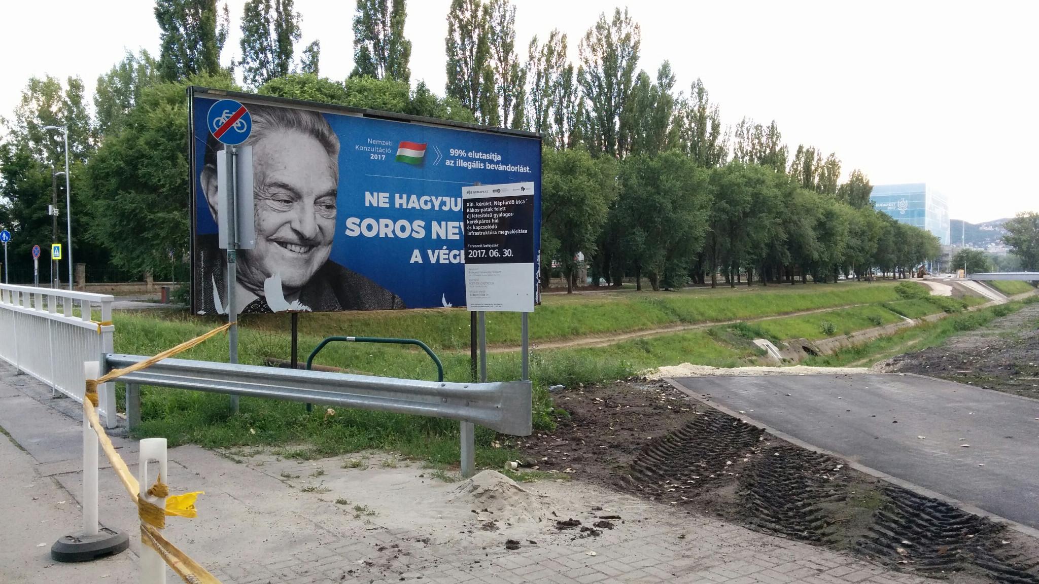 Ne hagyjuk, hogy Soros nevessen az el nem készült bringaút végén