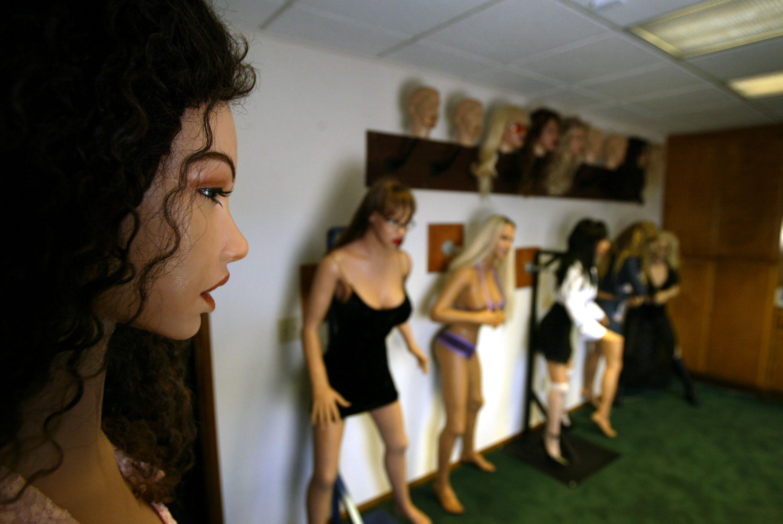 A gyerekekre hasonlító szexrobotok betiltását kéri egy brit kutató