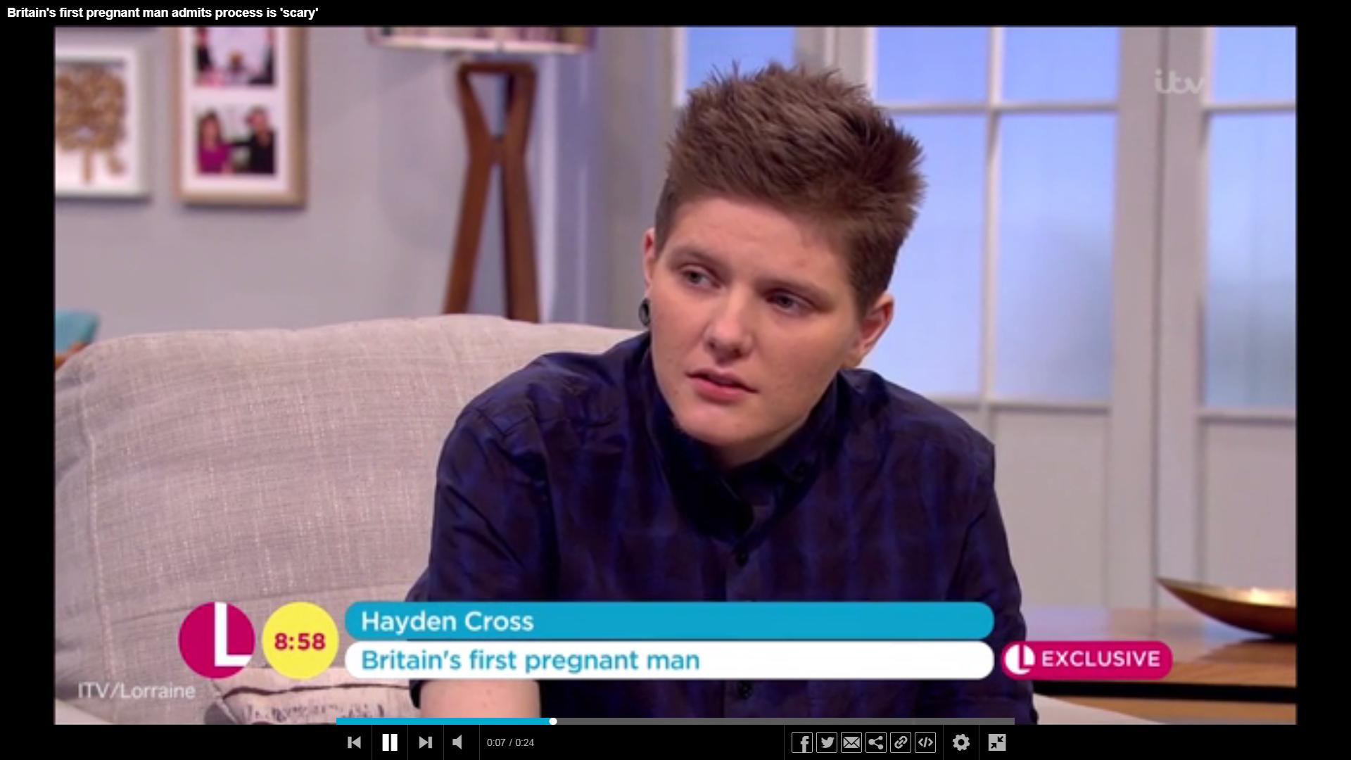 Kislányt szült a transznemű férfi