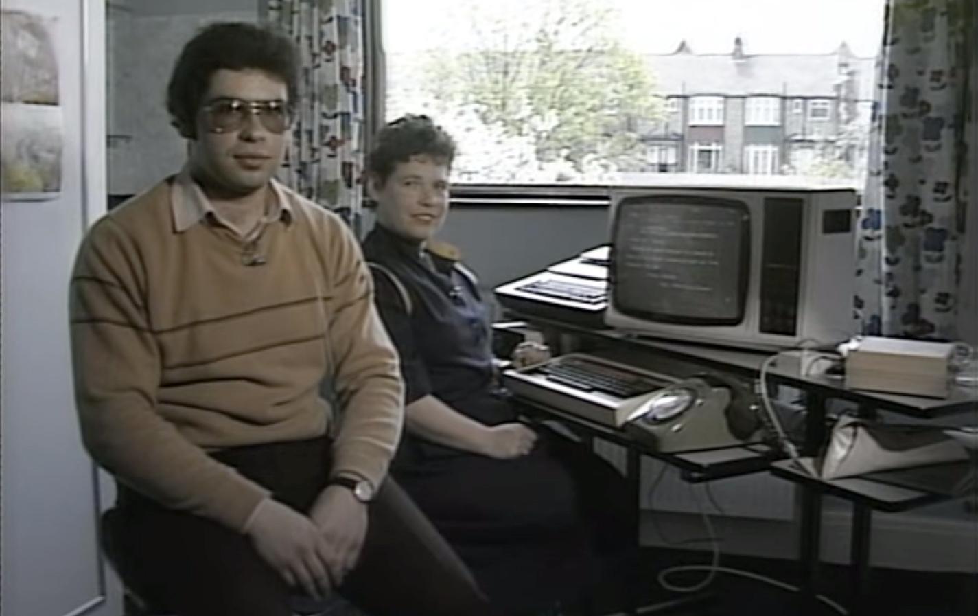 Megnézed ezt a videót, és elájulsz, ha meglátod, milyen könnyű volt elküldeni egy emailt 1984-ben!
