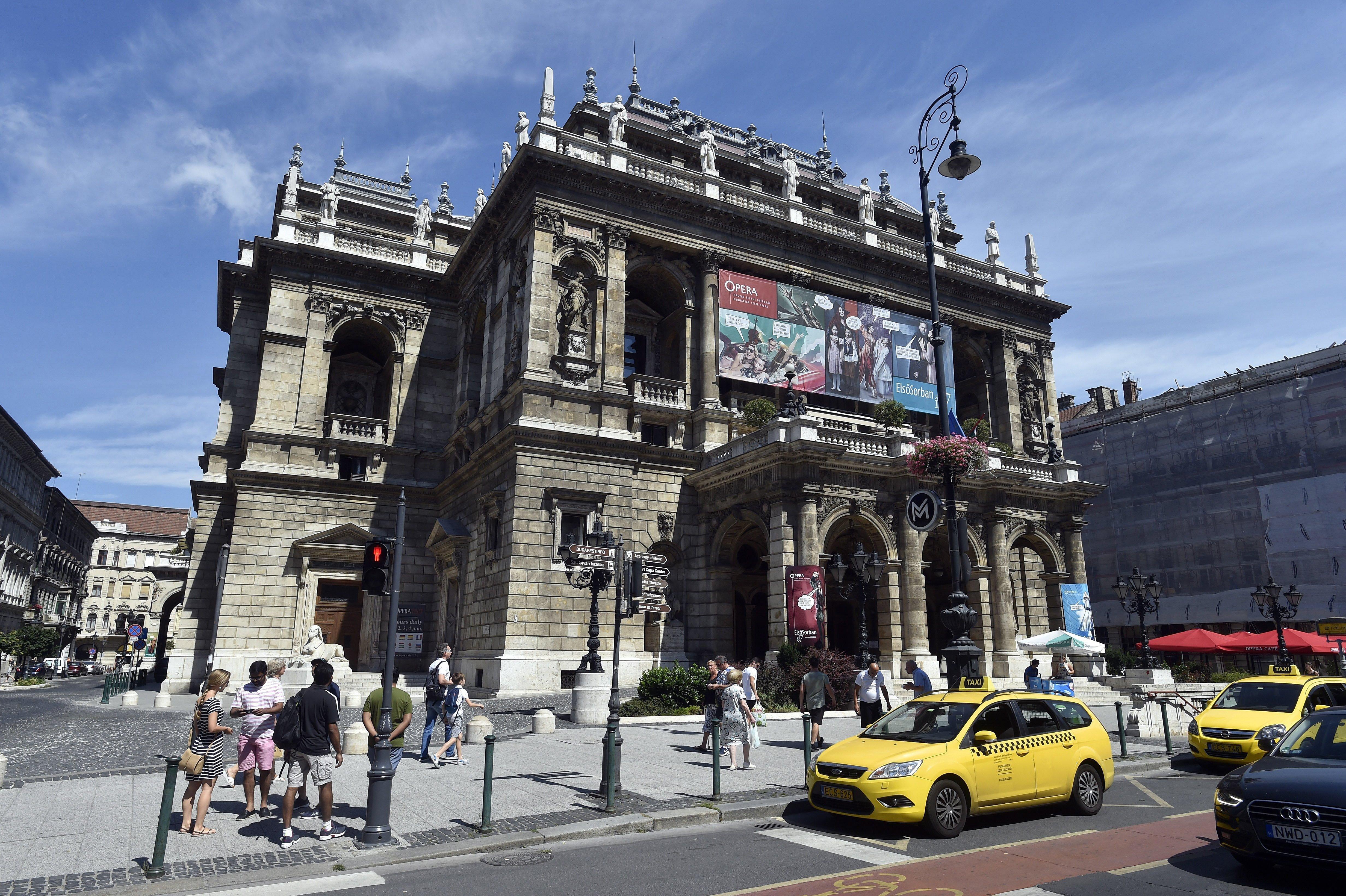 Elmaradhat a szombati premier, sztrájkolni fognak az Operaház dolgozói