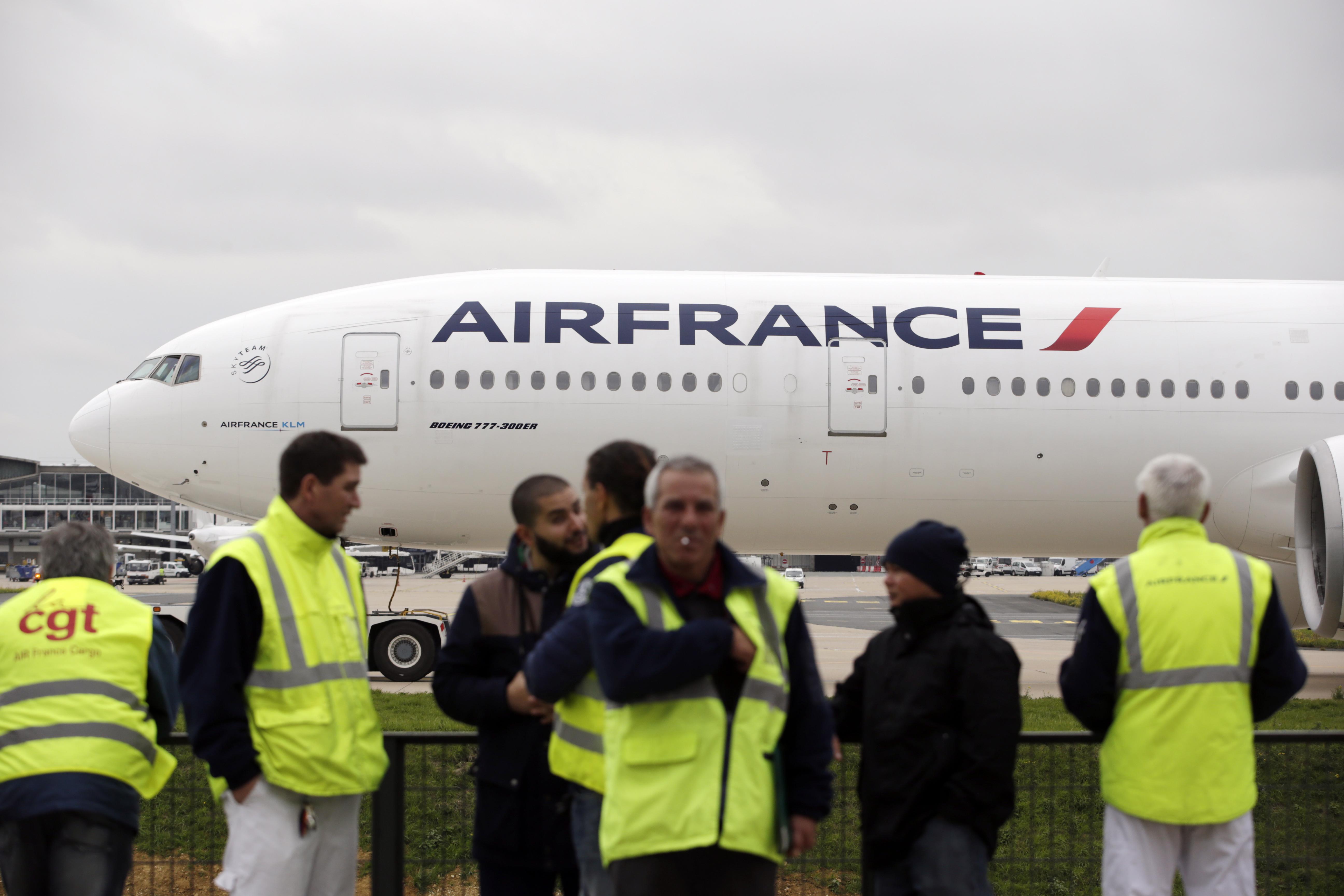 Veszélyben az Air France-KLM összefonódás, mert a franciák és a hollandok nem viselik jól egymást