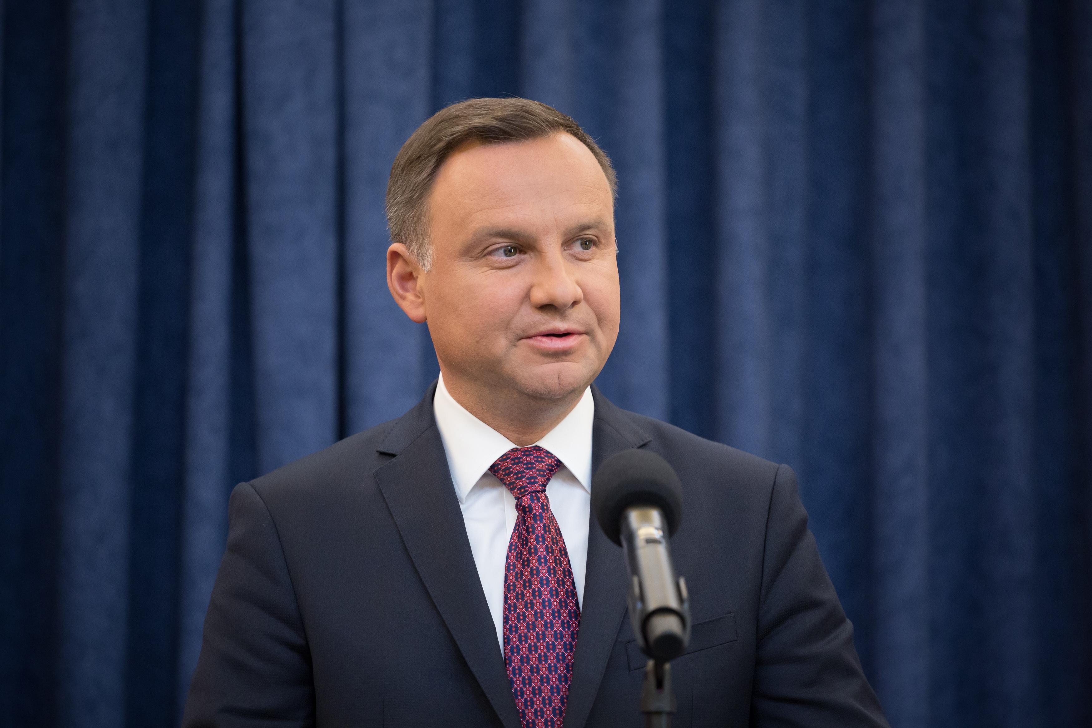 Jön a vasárnapi zárvatartás Lengyelországban