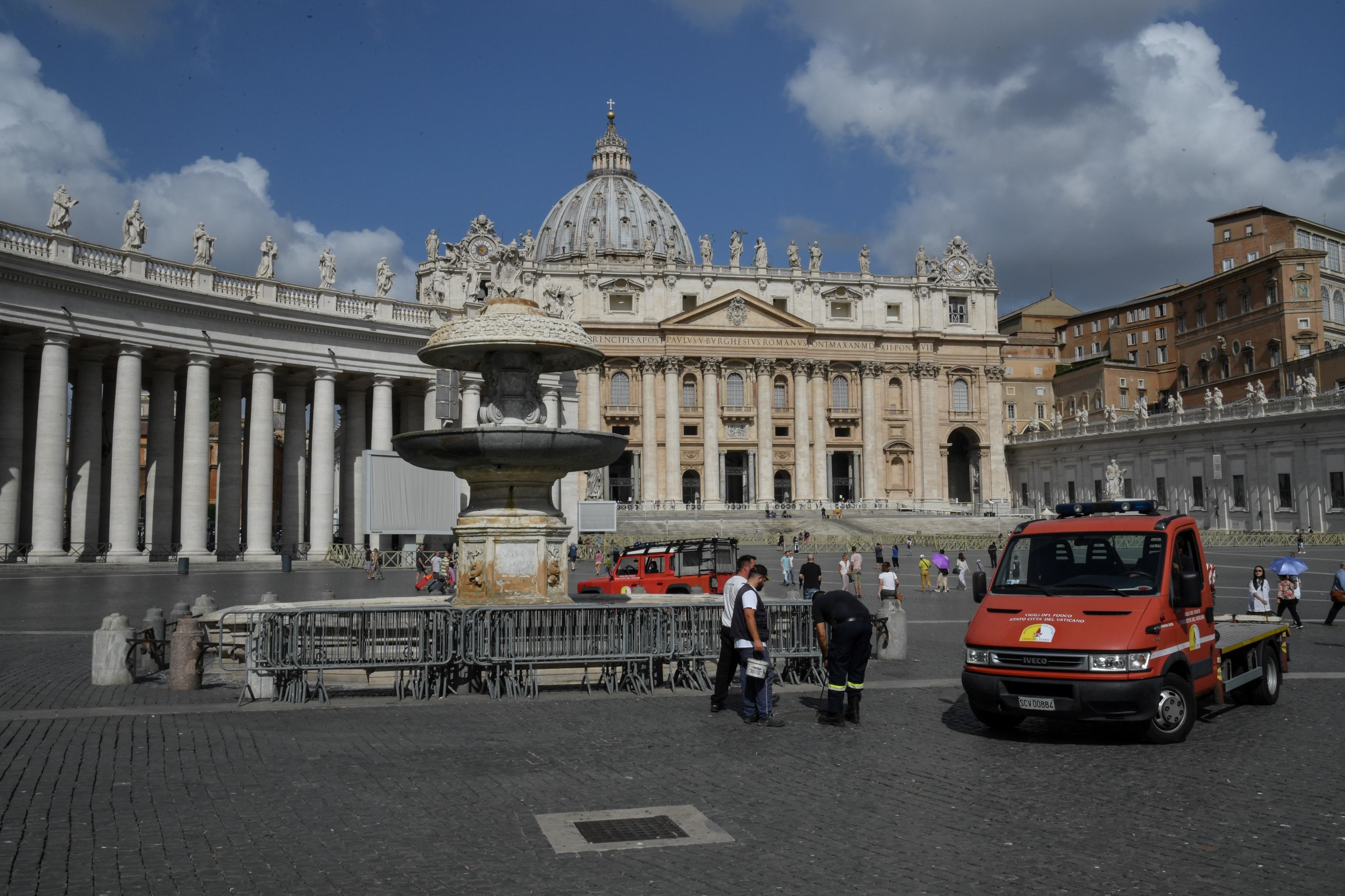 A vízhiány miatt elzárták a Vatikán leghíresebb szökőkútjait