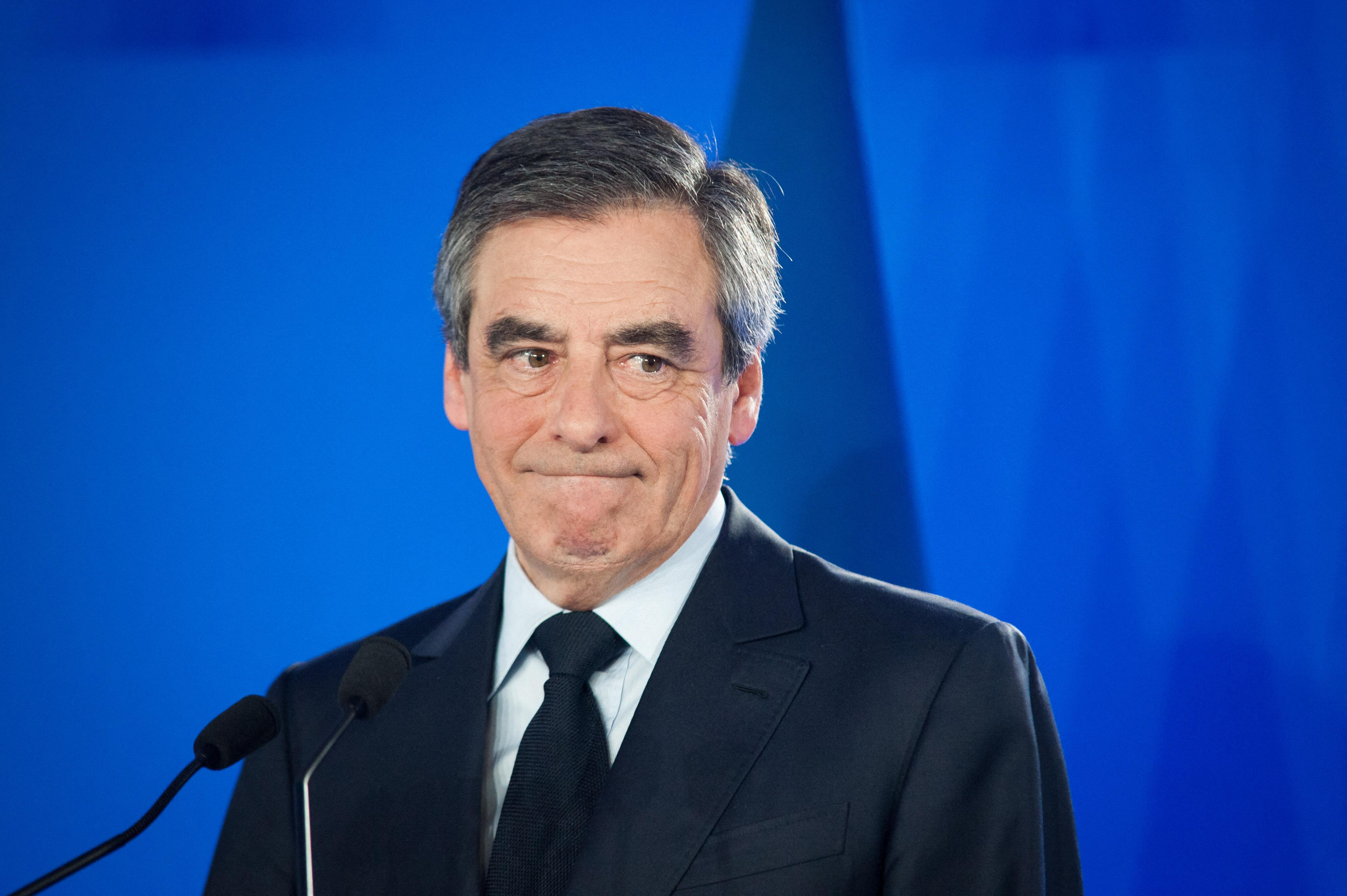 Öt év börtönt kapott Francois Fillon egykori kormányfő sikkasztásért