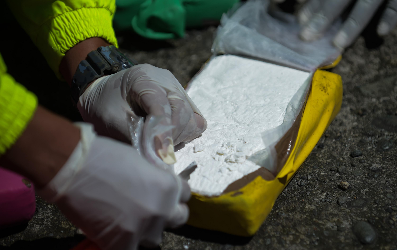 Kilós kokaincsomagokat sodort a partra a tenger Romániában