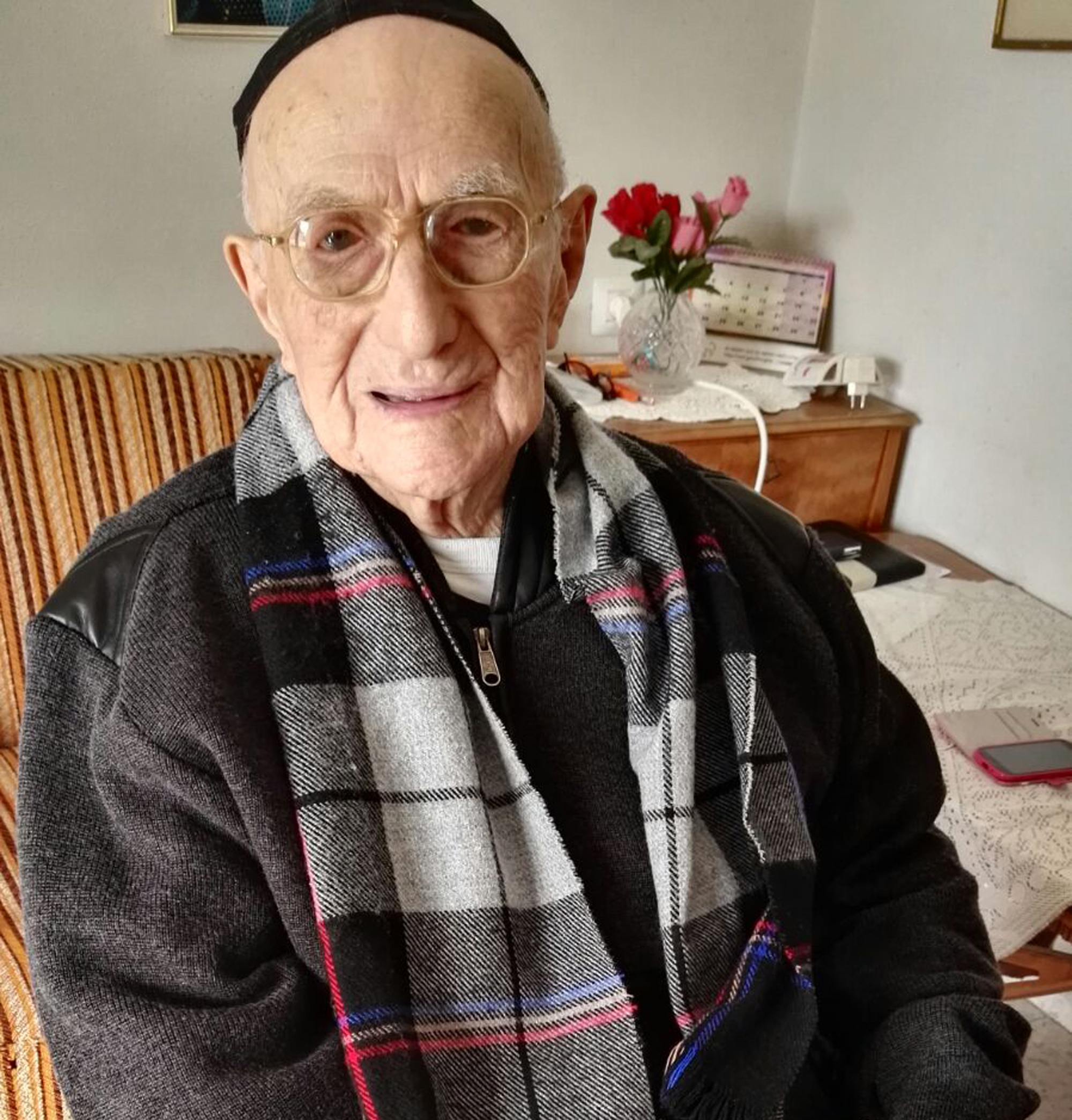 Elhunyt a világ legidősebb férfija, a holokauszttúlélő Jiszrael Krisztal
