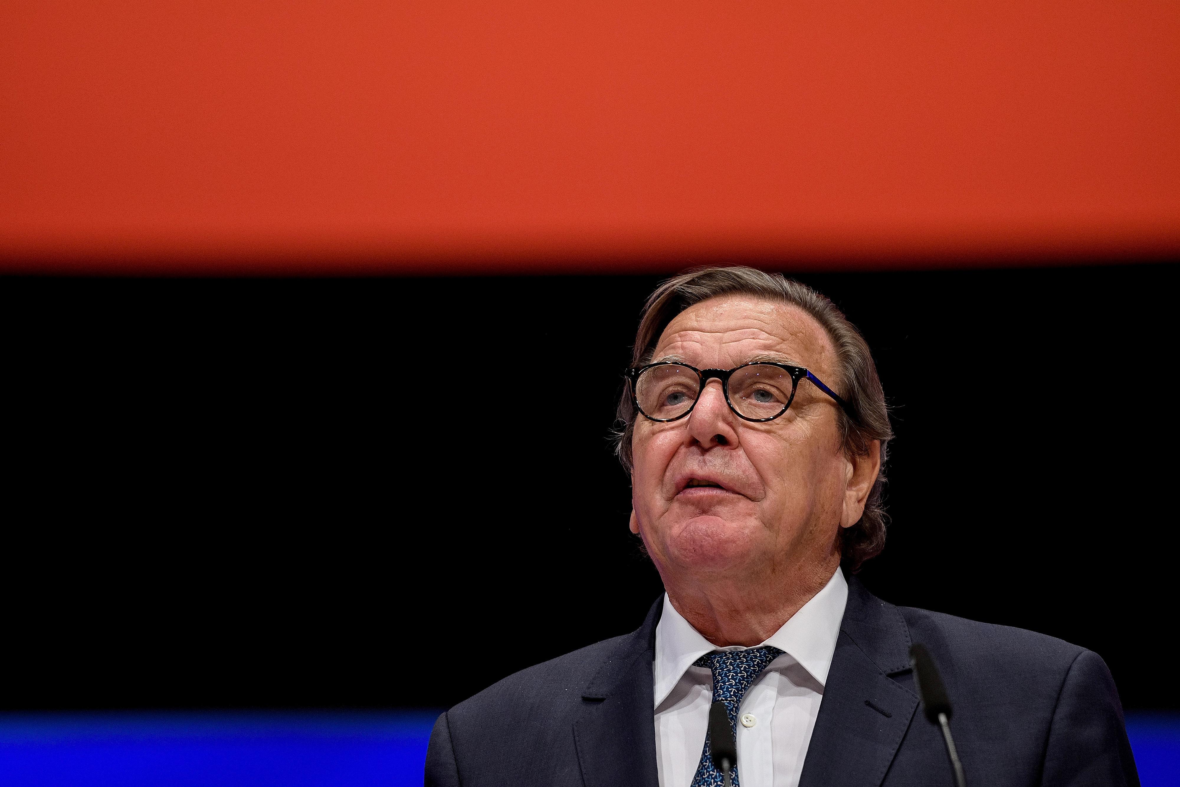 Gerhard Schrödert kinevezték a Rosznyeft igazgatótanácsába