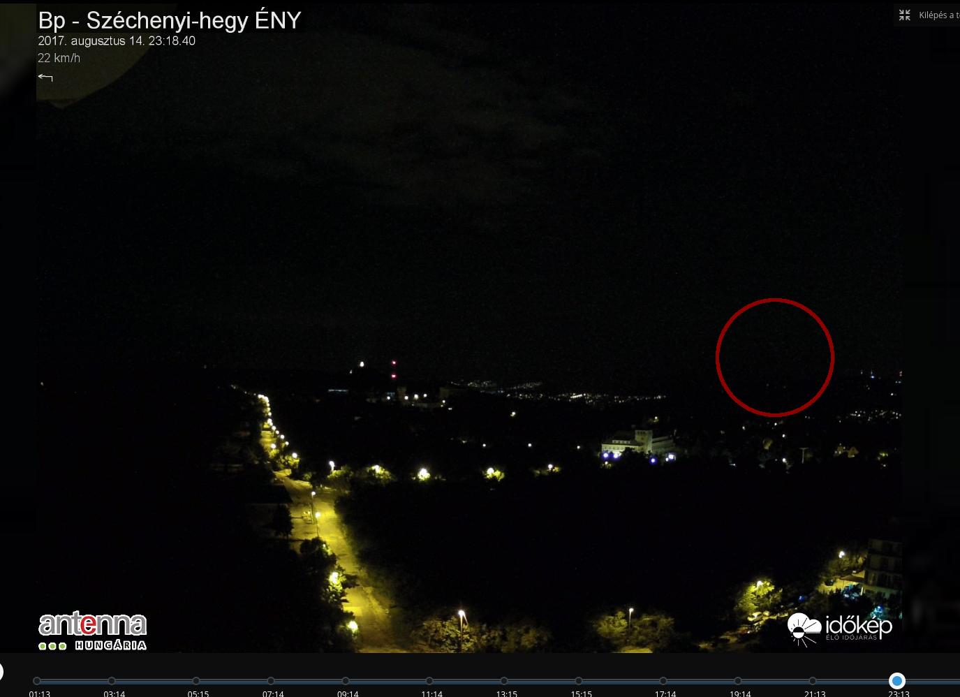 Eszti látott egy hatalmas valamit, amit a szél sodort Budapest felett tegnap este