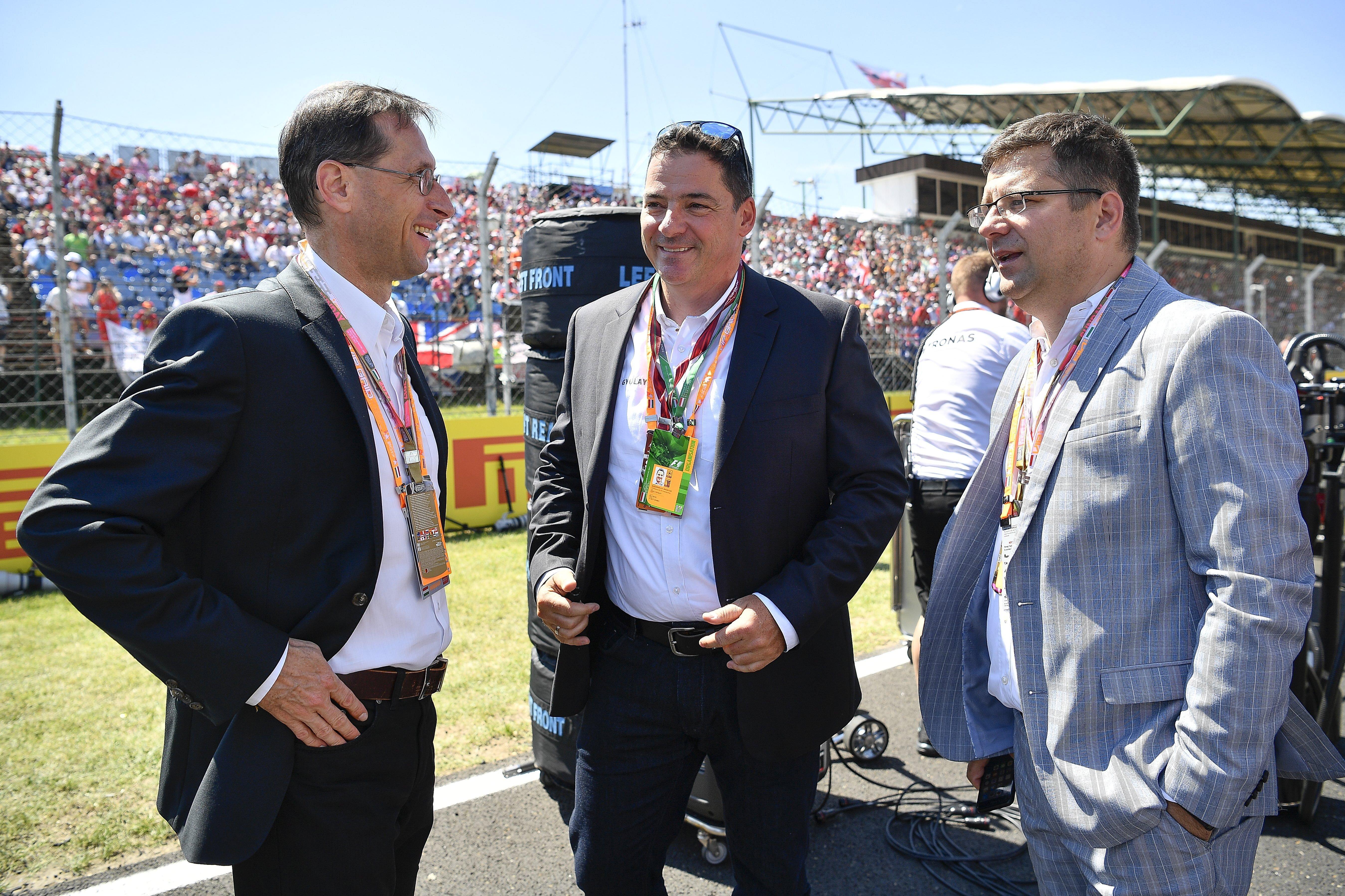 Amerikai magántőke-alapokat, a Red Bullt és még Soros Györgyöt is gazdagítja a Hungaroring