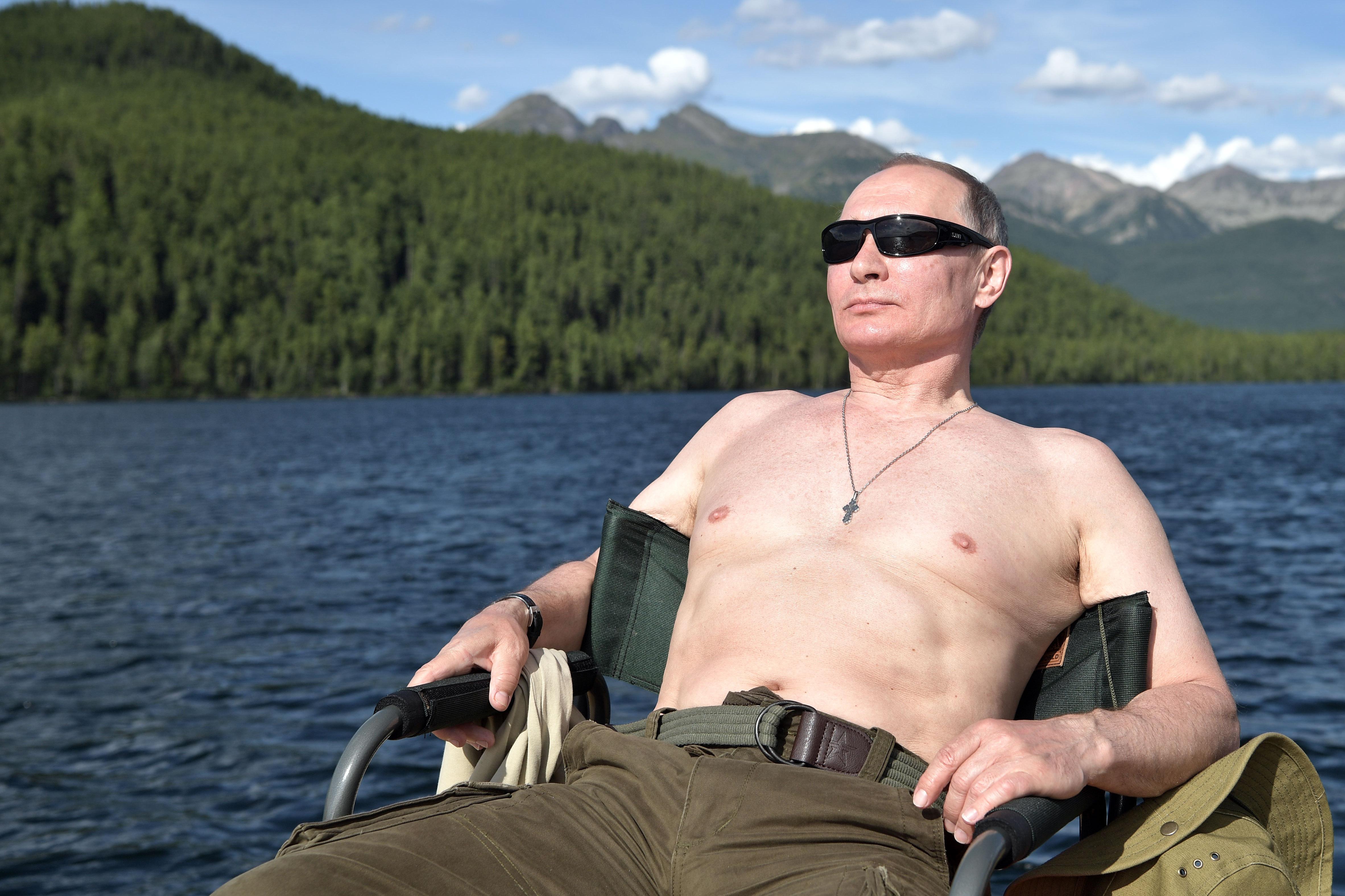 Putyin maga rendelte el az amerikai elnökválasztás körüli kavarást
