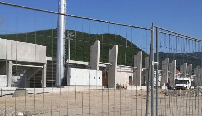 Betonszarkofágot épít Mészáros Lőrinc az ország egyik legszebb kirándulóvölgyéhez