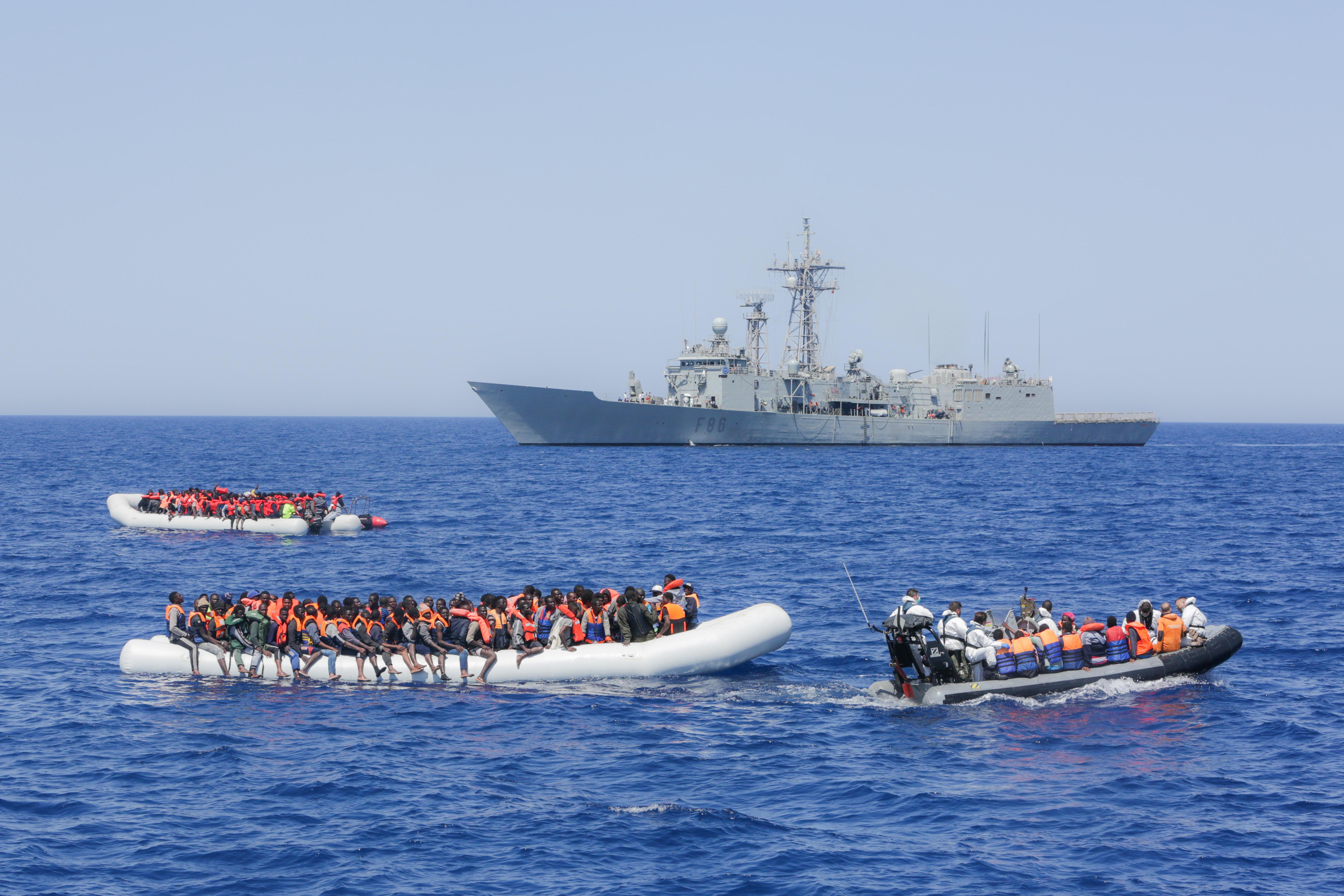Áprilisban több mint egy évtizedes mélypontra süllyedt a menedékkérők száma Európában