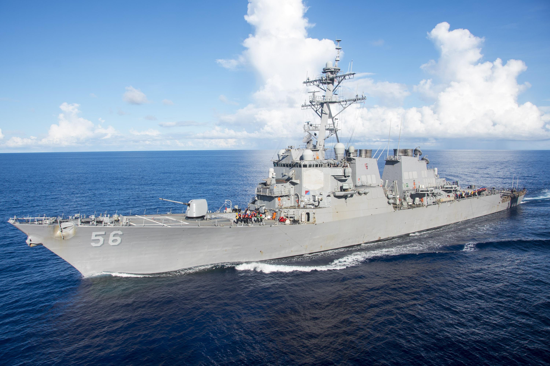 Felmentik az amerikai 7. flotta parancsnokát, mert folyton összeütköznek a hadihajói