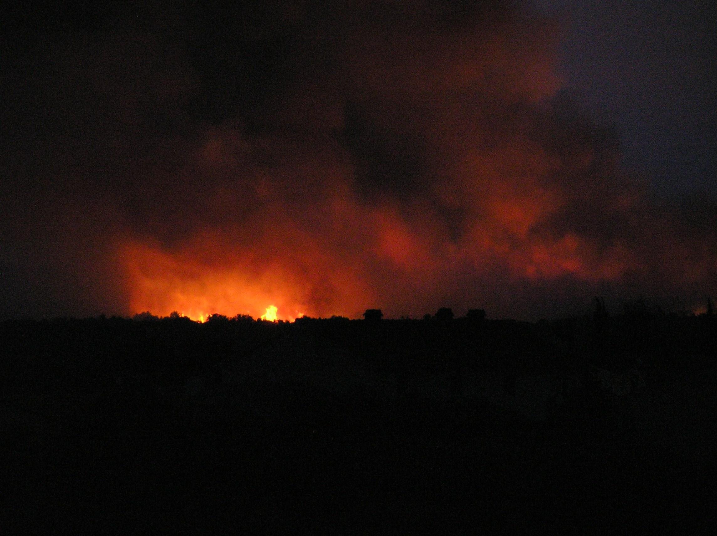 Erdőtüzek pusztítanak a horvát tengerparton és Hvar szigetén