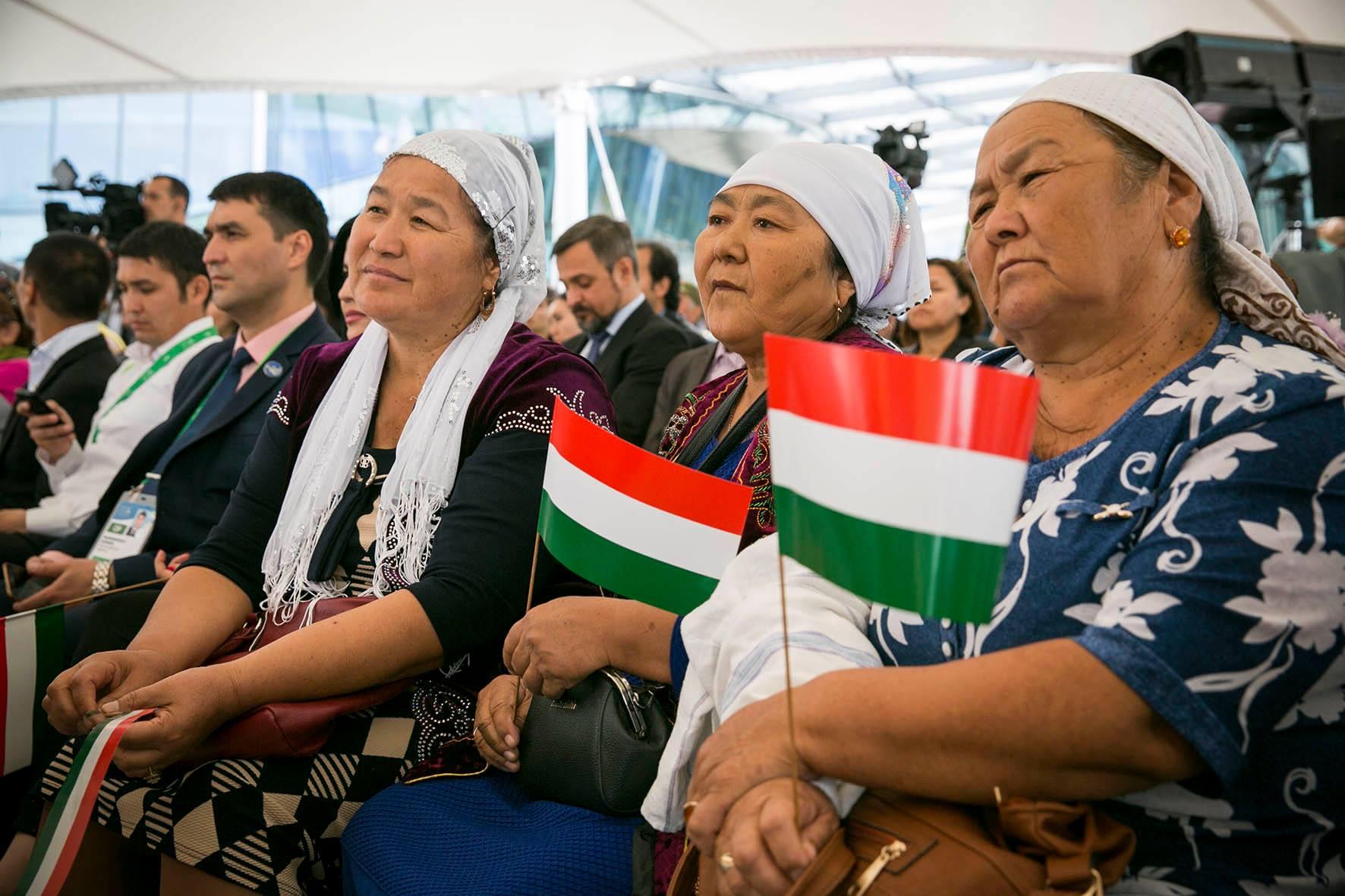 A nemzetgazdasági miniszter kedvenc képe a kazahsztáni világkiállítás Magyar Napjáról