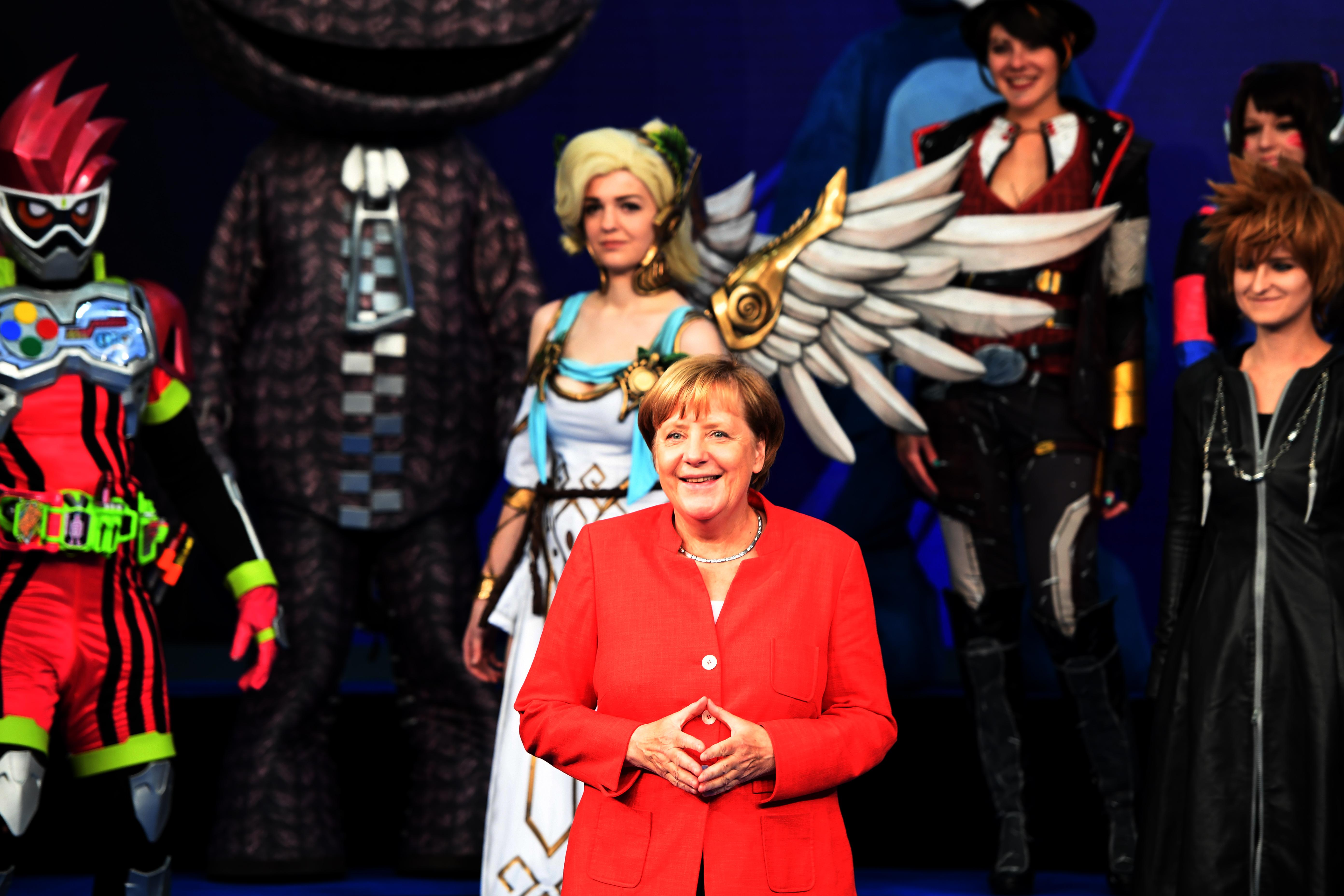 A demokráciát szeretné erősíteni a negyedik ciklusára készülő Angela Merkel