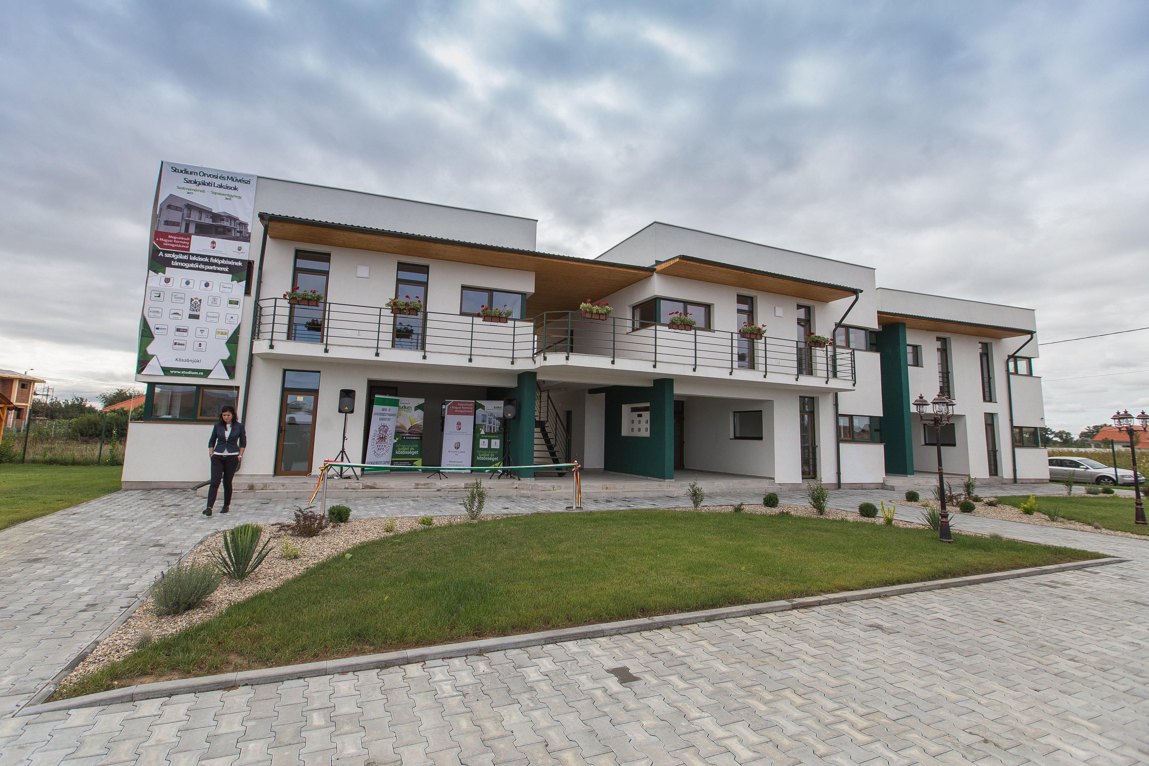 Magyarországon több mint 8 évnyi átlagkereset kell egy új, 70 négyzetmézeter lakás megvásárlásához