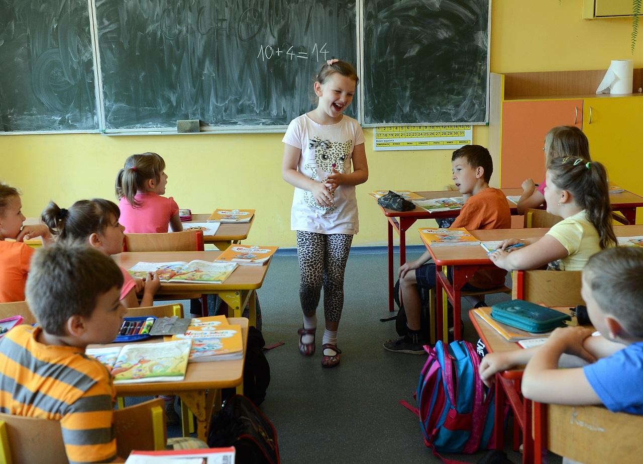 Így, hogy lassan vége az októbernek, már a KLIK is elismeri a tanárhiányt