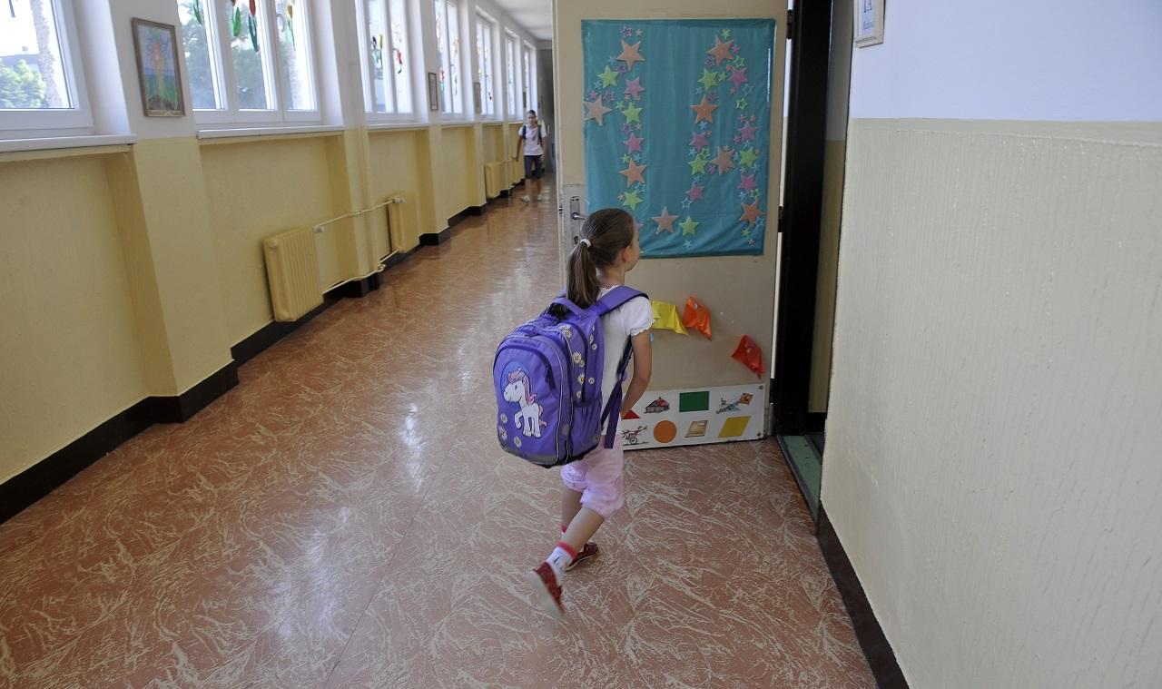 Itt vannak az idei PISA-eredmények: a magyar iskolák még mindig nagyon rosszul számolják fel az otthonról hozott különbségeket