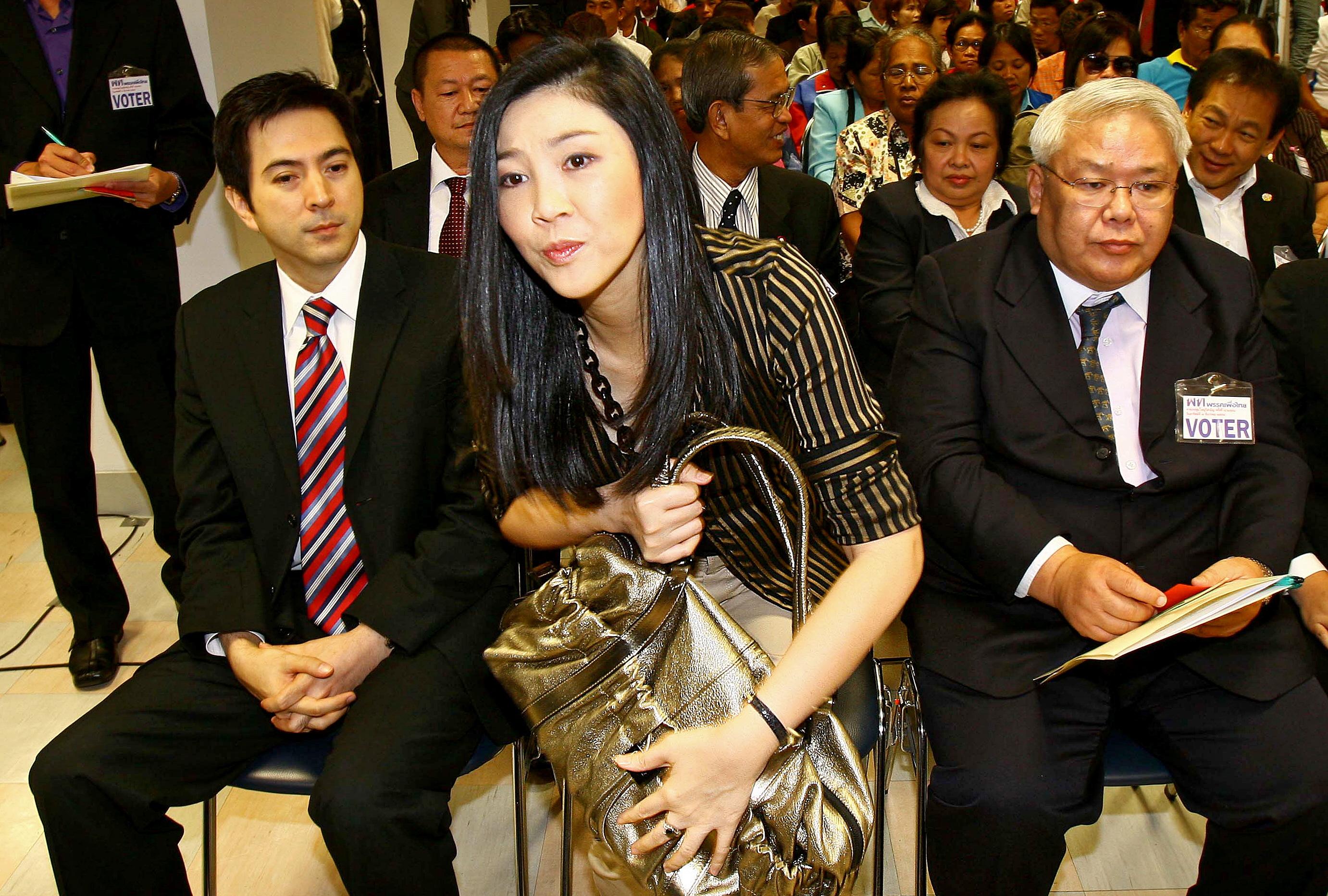 Letartóztatási parancsot adtak ki a volt miniszterelnökre Thaiföldön