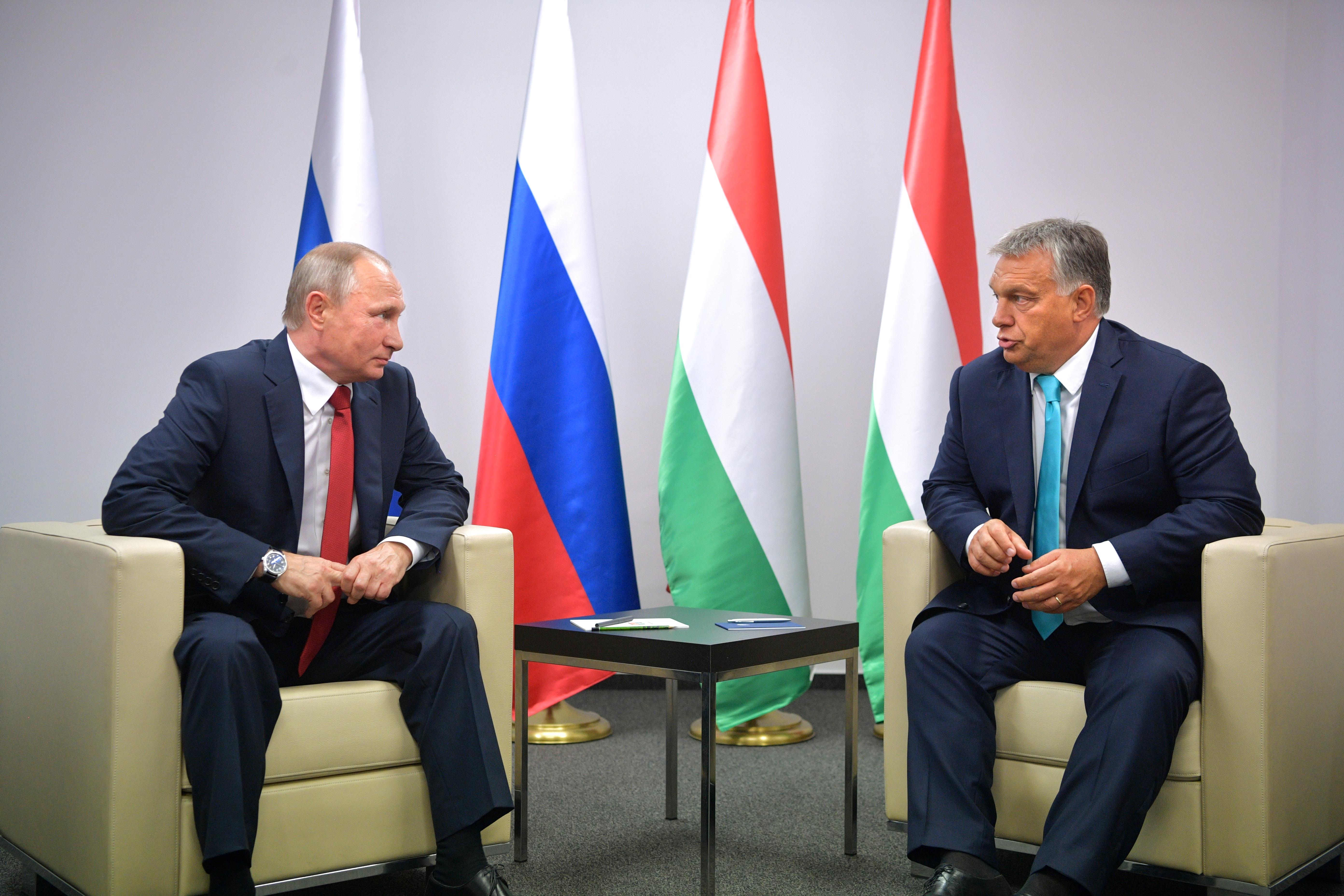 Orbán azzal próbálta lenyűgözni Putyint, hogy itt szoktak idézni         a dzsúdós könyvéből, amit magyarra le sem fordítottak