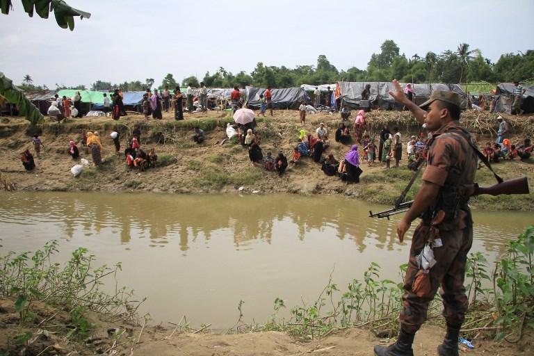 Már 270 ezer rohingya menekült át Bangladeshbe