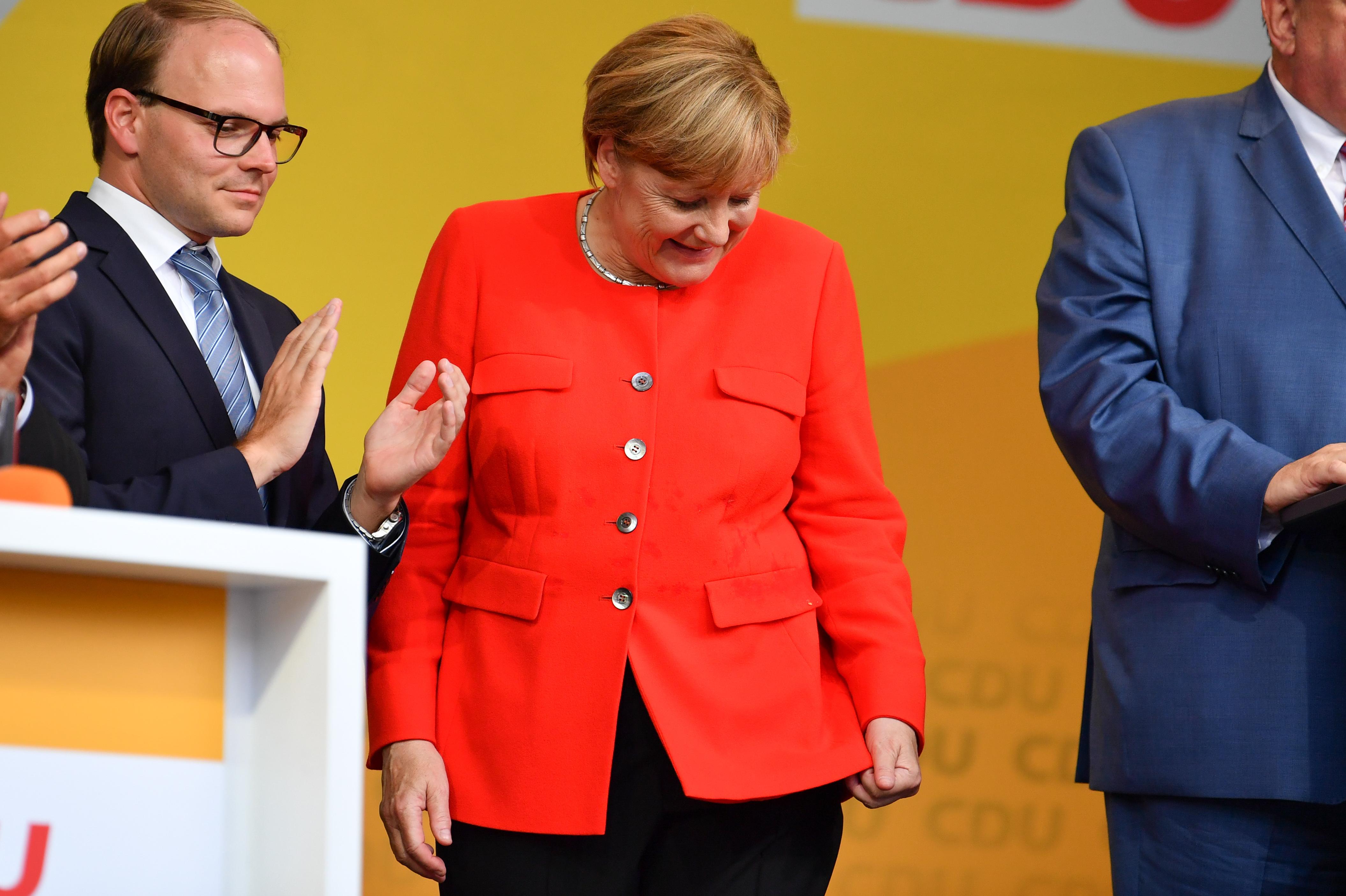 Paradicsommal dobták meg Merkelt