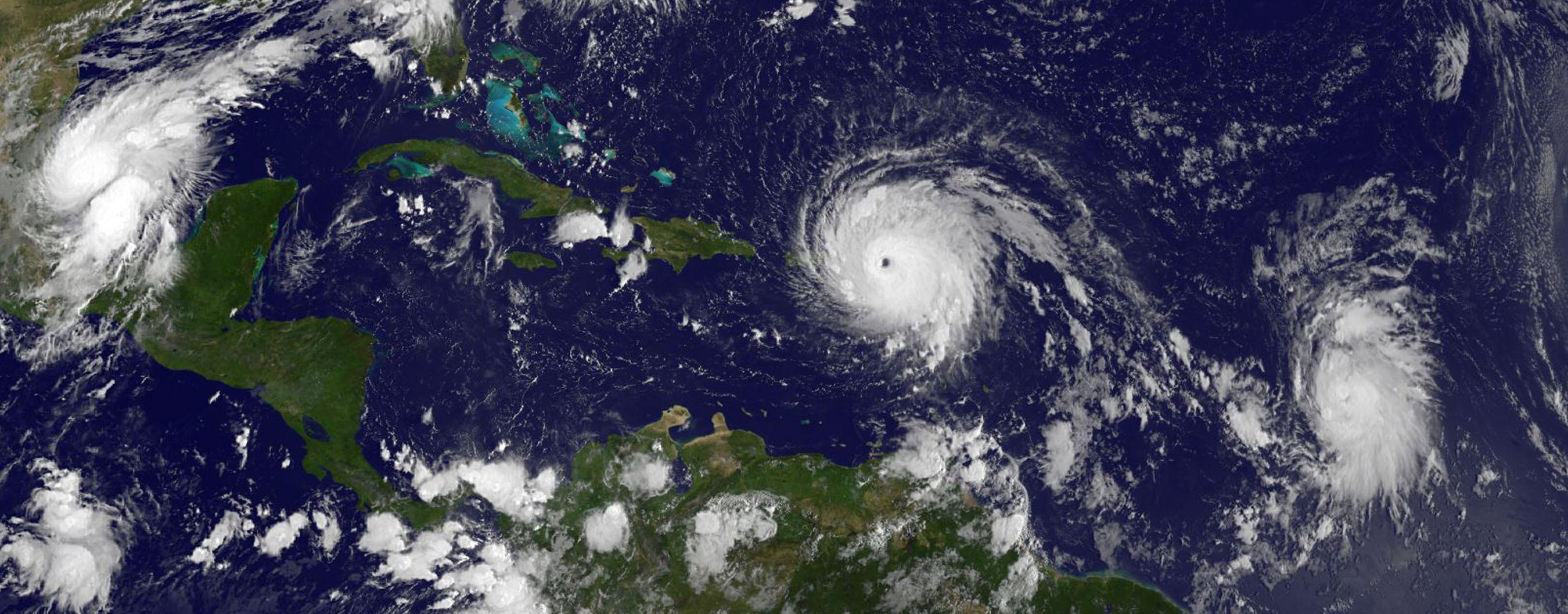 A 75 éve házas Harvey és Irma rácsodálkozott Harvey-ra és Irmára, a két pusztító hurrikánra