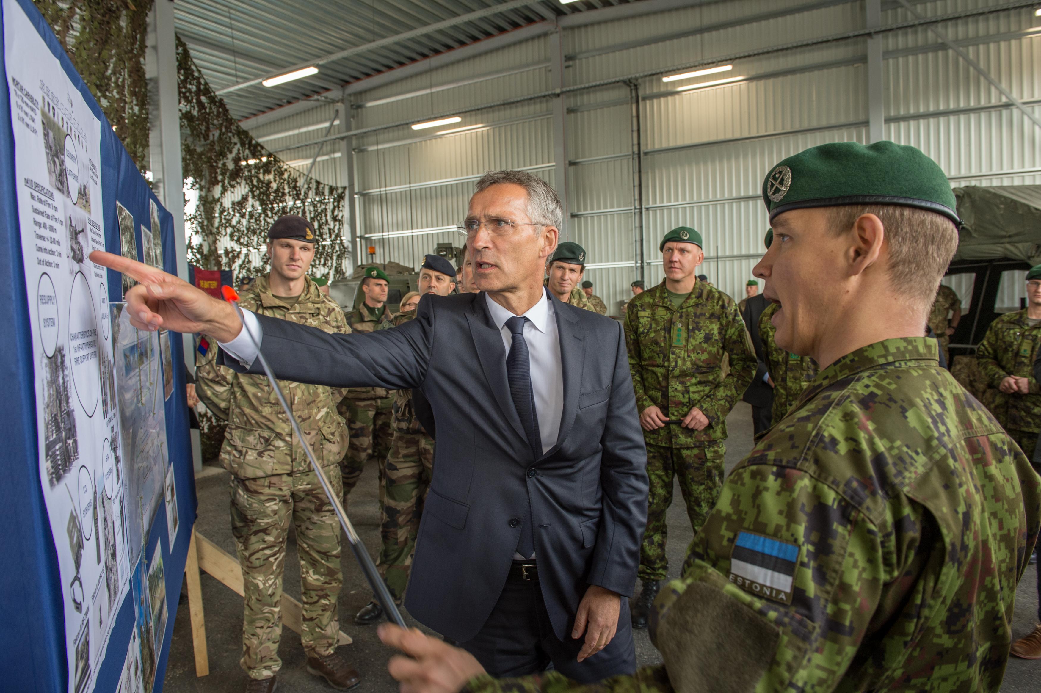 A Pentagon szerint sikerült megsemmisíteni a vegyi fegyverek nagy részét, a NATO kiállt az amerikai beavatkozás mellett