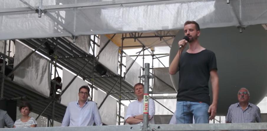 Közösen tüntet az ellenzék a magyar nyelvű oktatást ellehetetlenítő ukrán törvény ellen