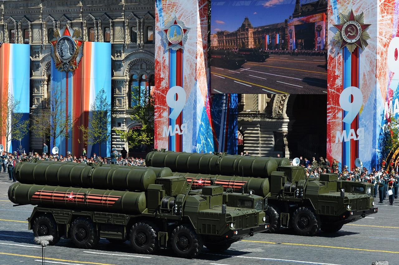 Moszkva hitelre ad Sz-400-as légvédelmi rakétarendszereket Törökországnak