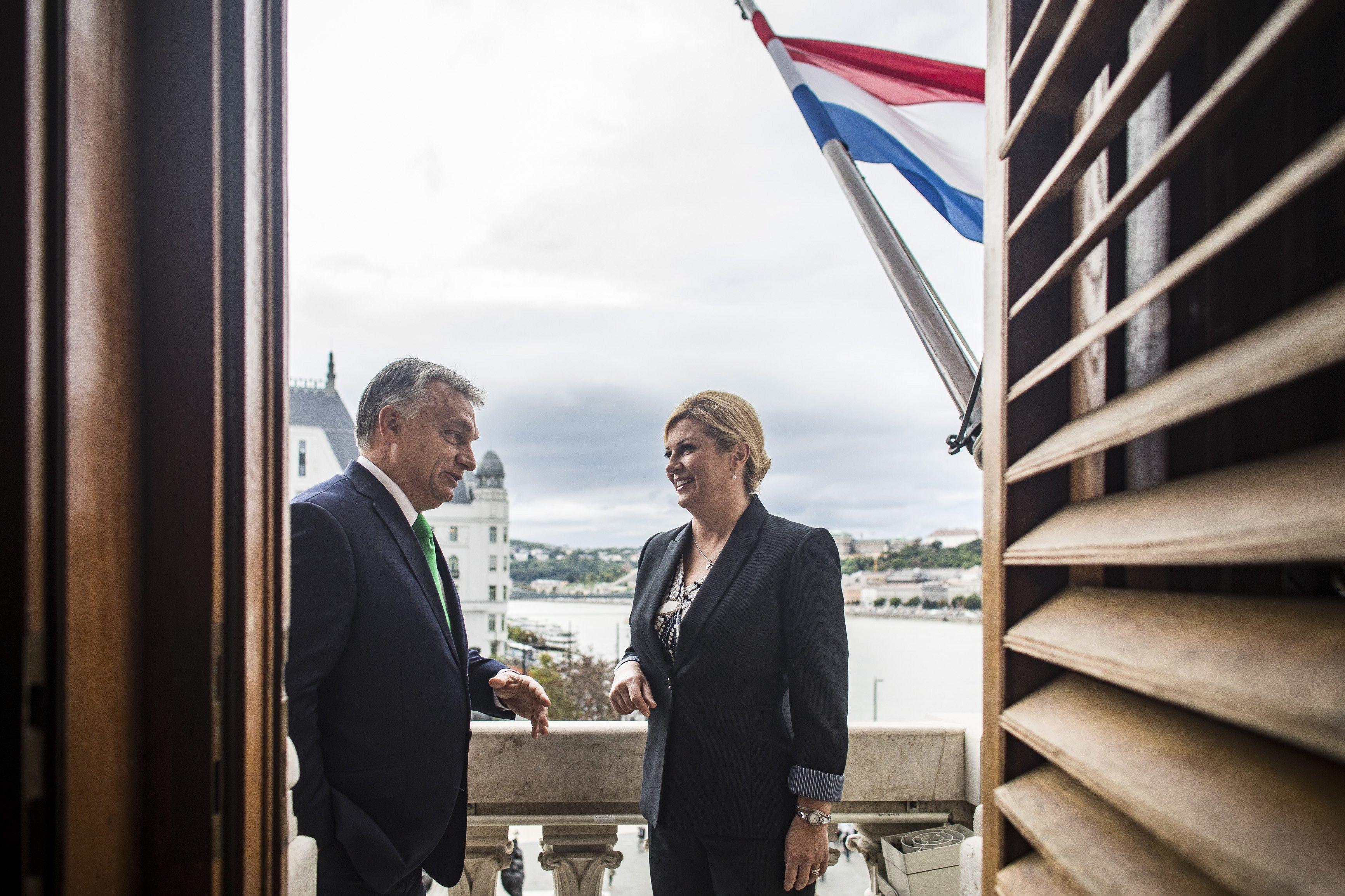 Orbán fogadta a horvát elnököt