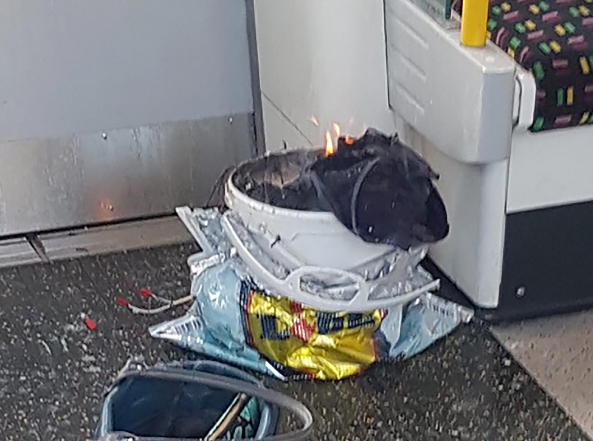 Egy harmadik férfit is őrizetbe vettek a londoni metrós robbantás miatt